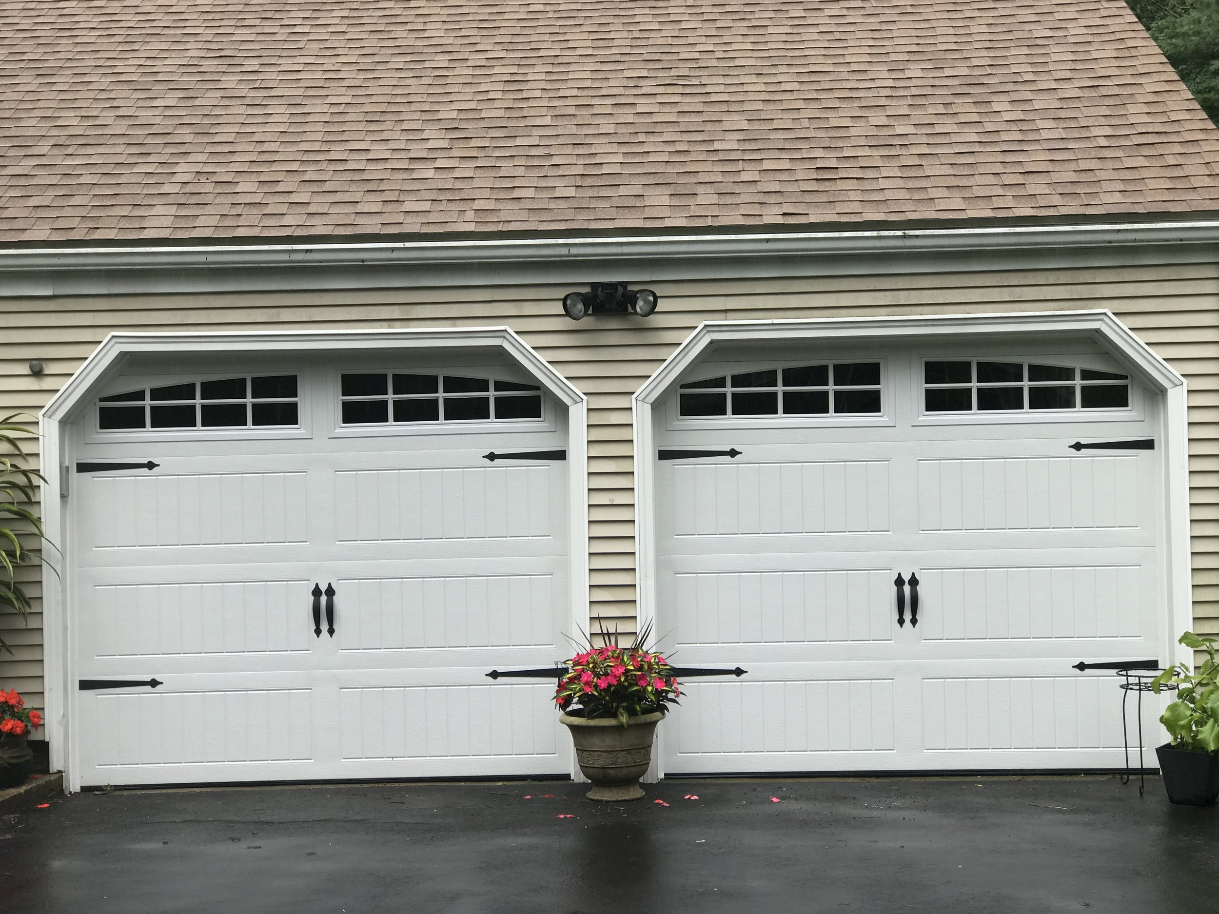 Two Door Carriage House Garage Farmington