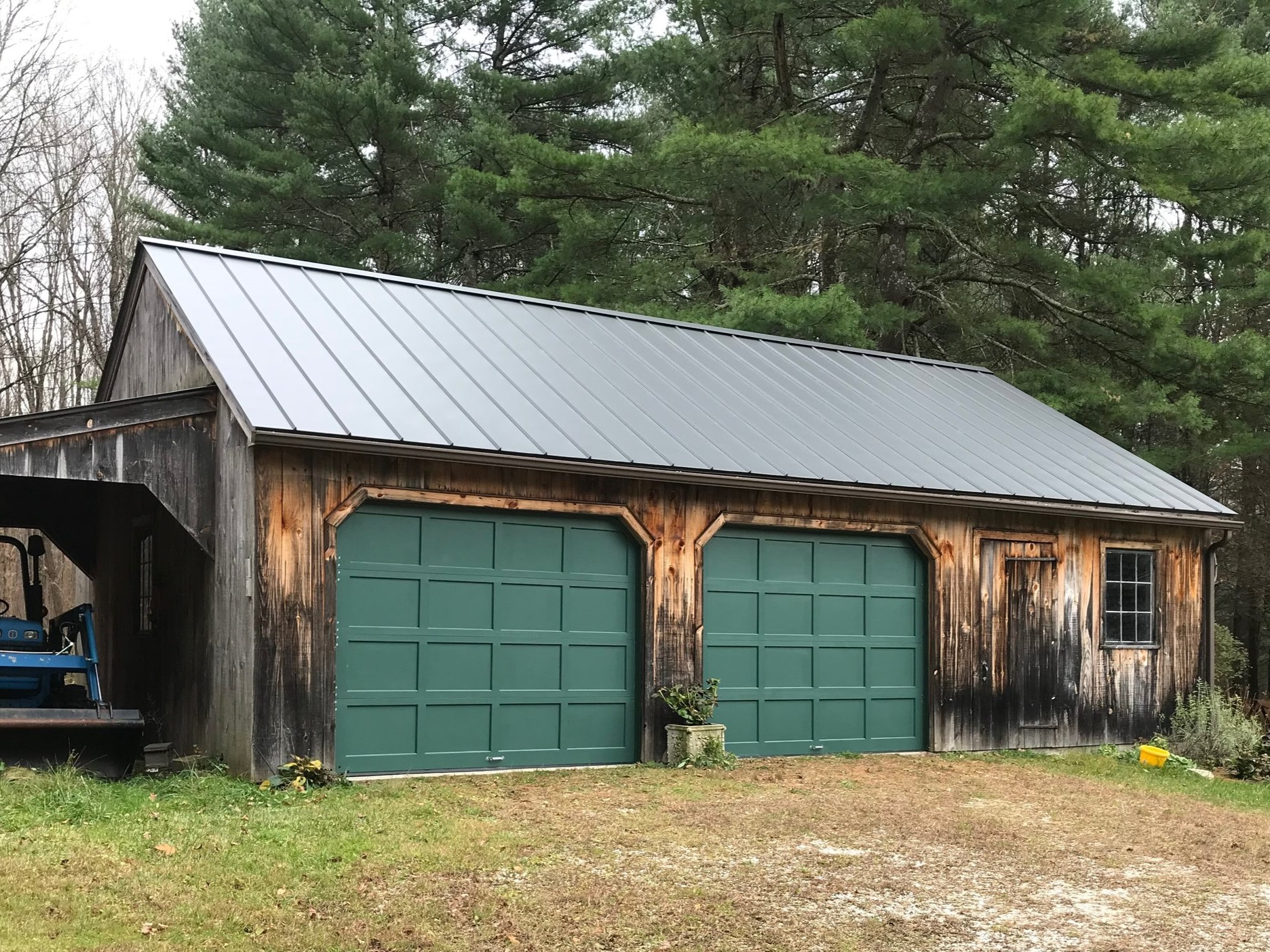 Green Garage Door in Thomaston