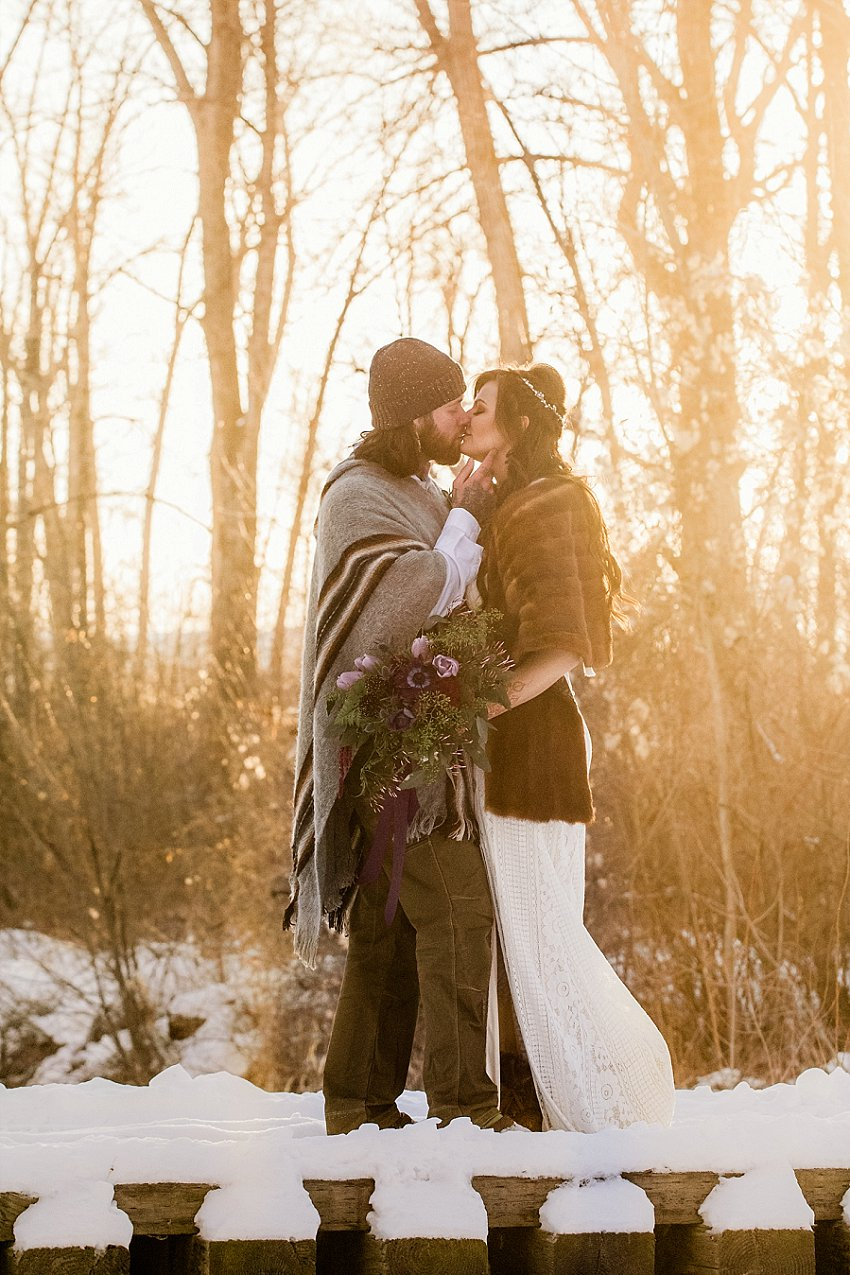 elemgents-of-light-bozeman-winter-wedding