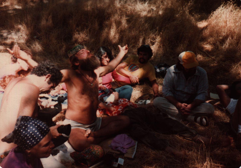 81 Joys  Reuven HaLevi with arms spread, Jeff Celnick behind copy.jpg