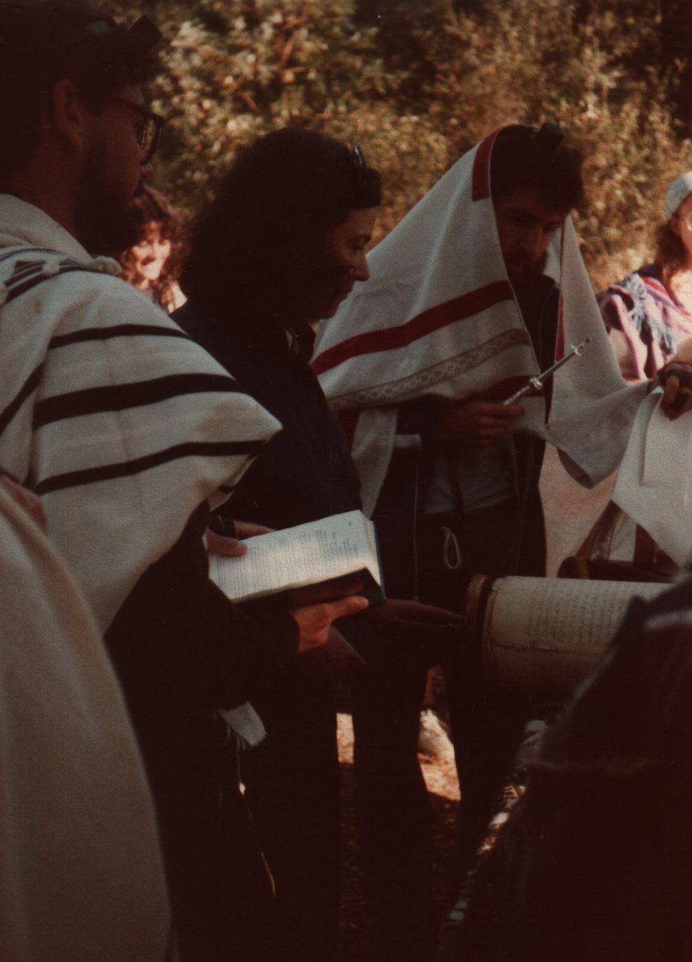 84 Joys  Torah service, with Avram Davis, Debra De Vries in back, Telma Dinstein (?), Hillel Zeitlin, Karen(1:2 face) copy.jpg