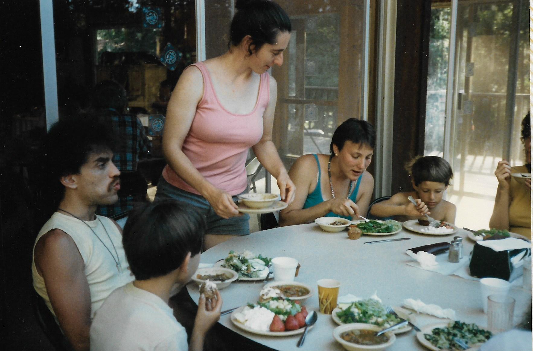 87 Joys  Jeff Celnik, Maya Wallach, Rosiland Glazer, Elishama Goldfarb, a littile of Linda Elyad, meal time copy.jpeg
