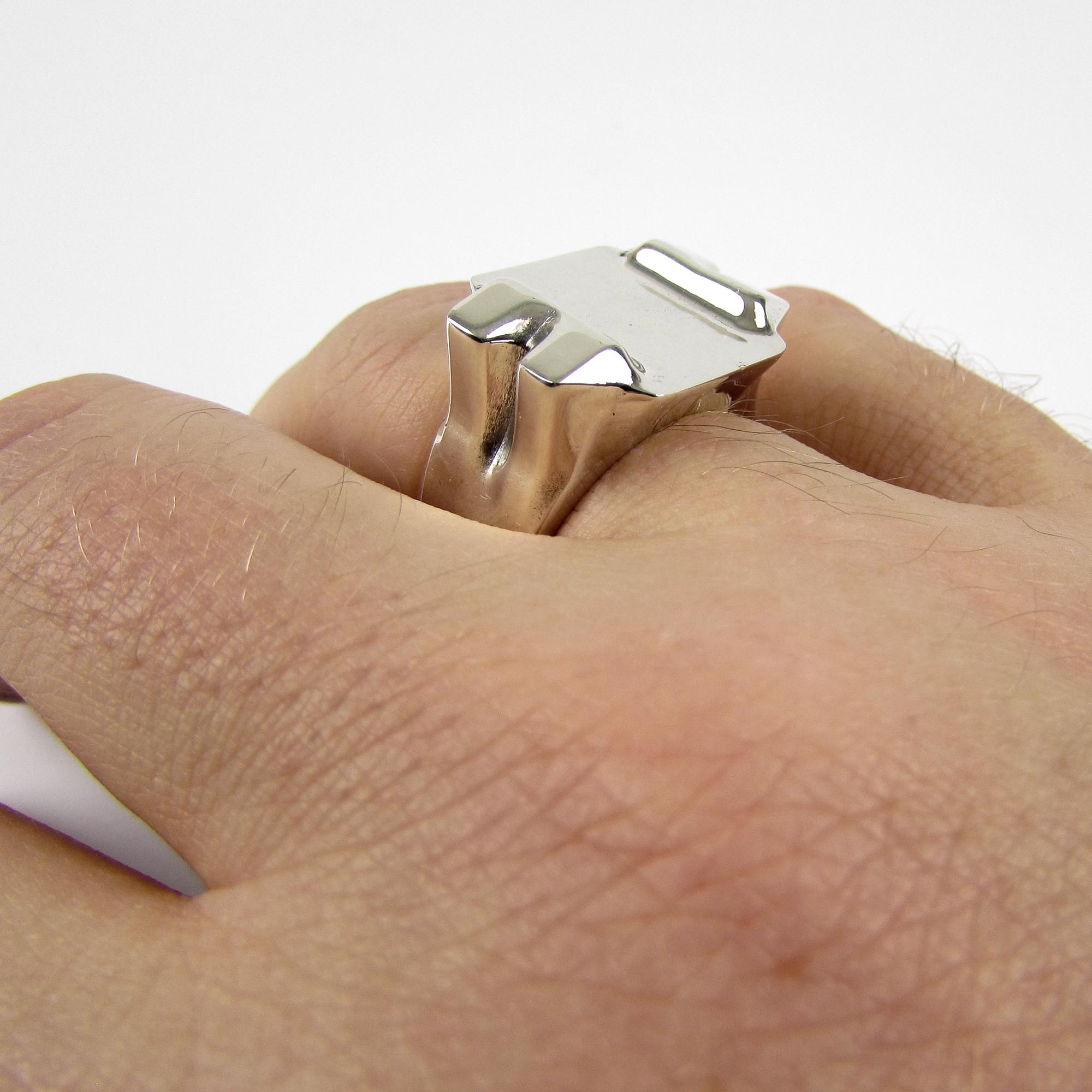 Anvil Ring