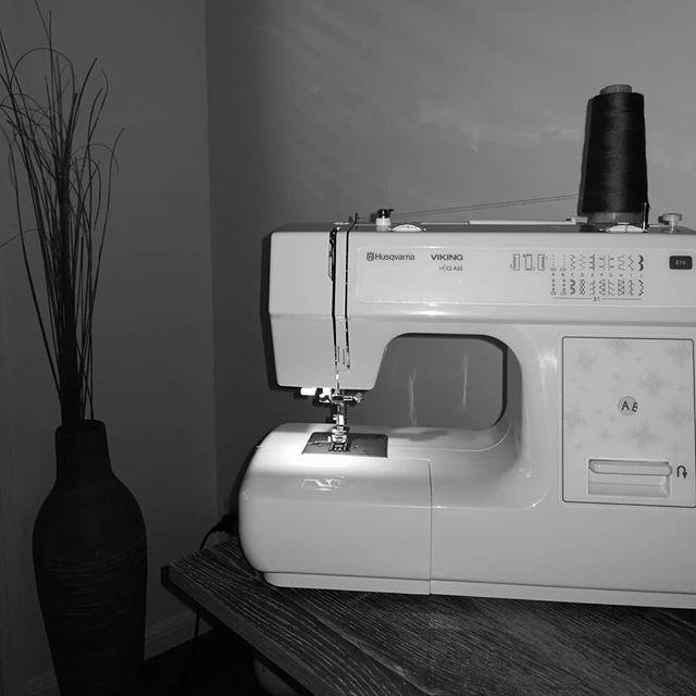 Sewing time!!!! #kozykoala1 #kozykoalablankets #minkyblanket #luxuryblankets