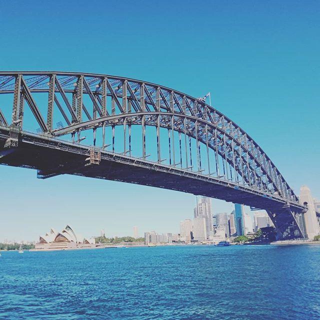 Perfect day in Sydney for a spot of sightseeing along with some business 😊 #kozykoala #kozykoalasleepmats #daycarelife #sydney #sydneykids #smallbusinessowner #kidsfurniture #kidsbedding