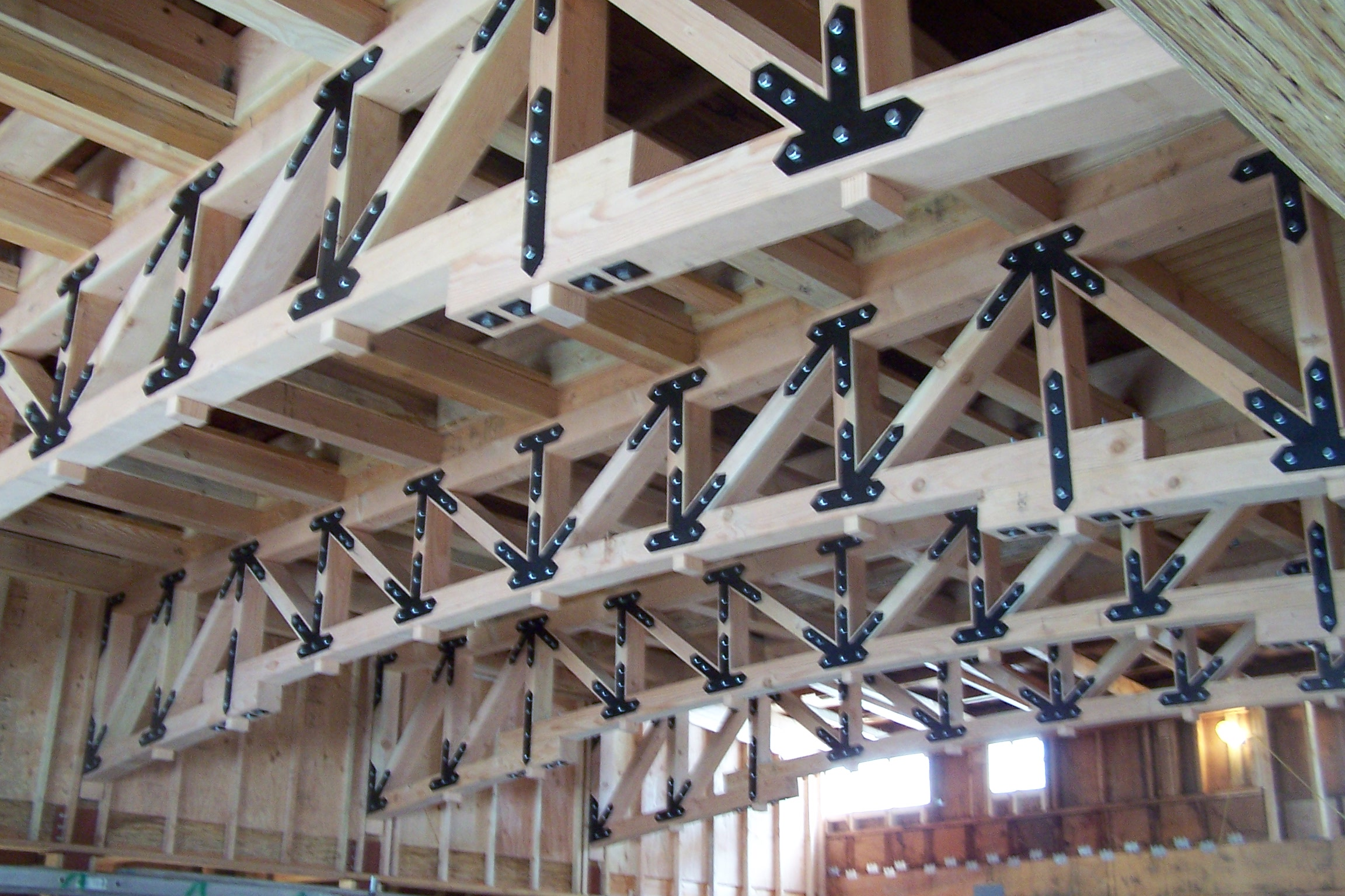 LUMBERYARDTRUSS.JPG