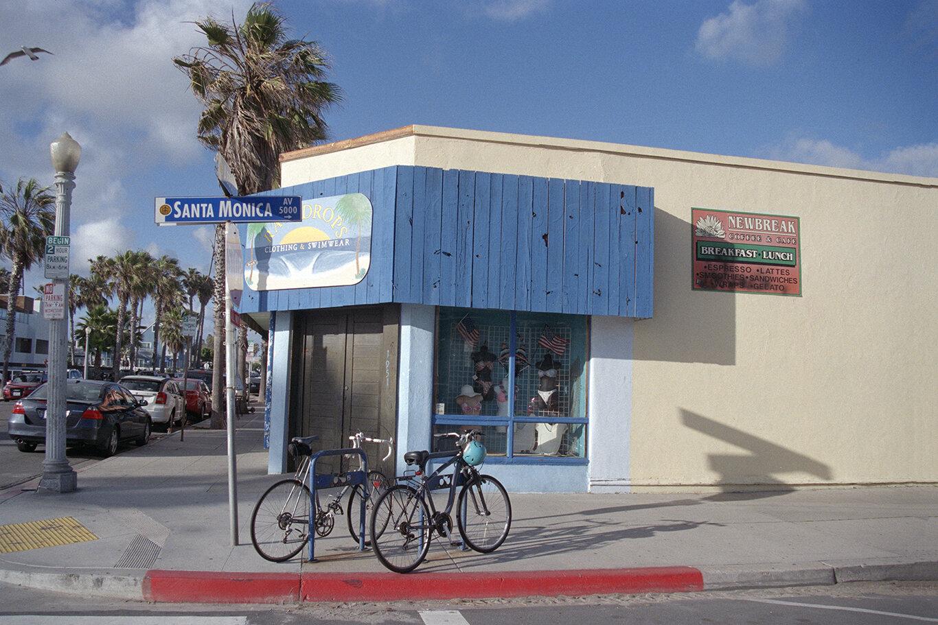Corner of Peace and Love, Abbott Avenue and Santa Monica Avenue (2019)
