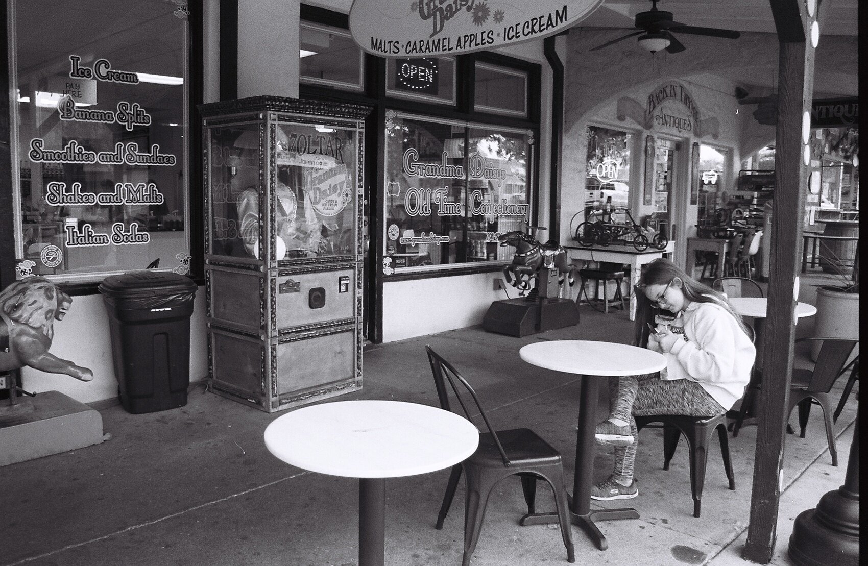 Grandma's Old Fashioned Ice Cream Parlor, Boulder City 2019