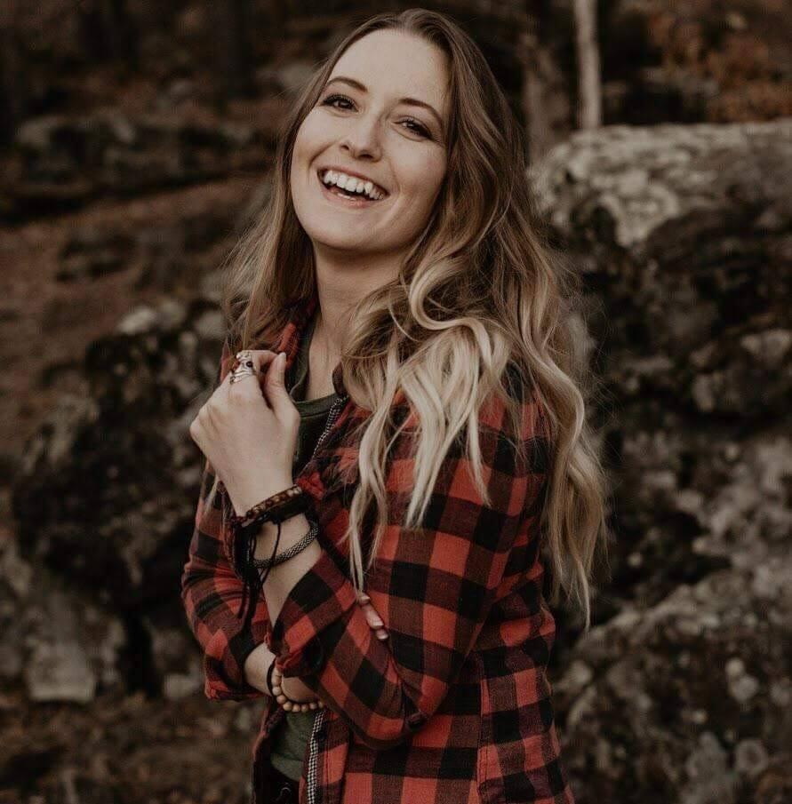 Cassandra Oldenberg.jpg