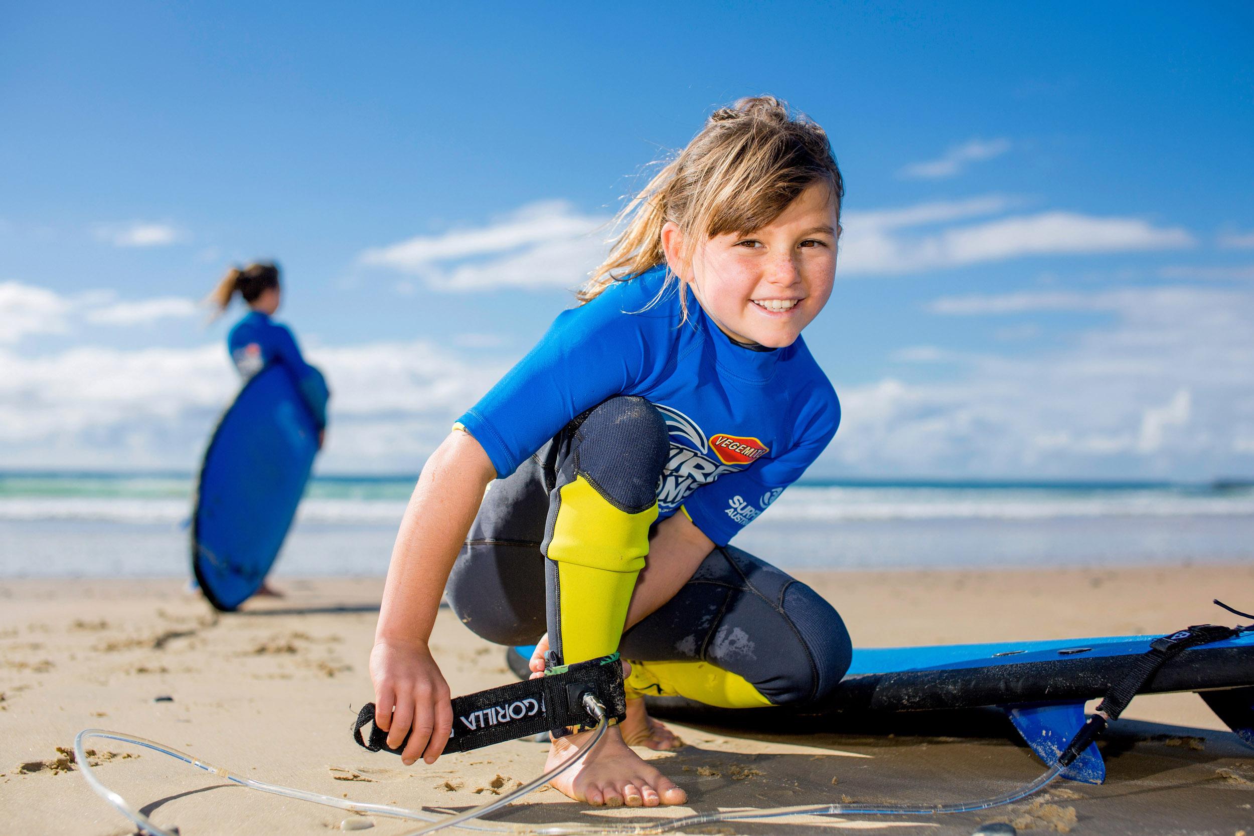 surfing-australia-surf-groms-photography-girls-surfing.jpg