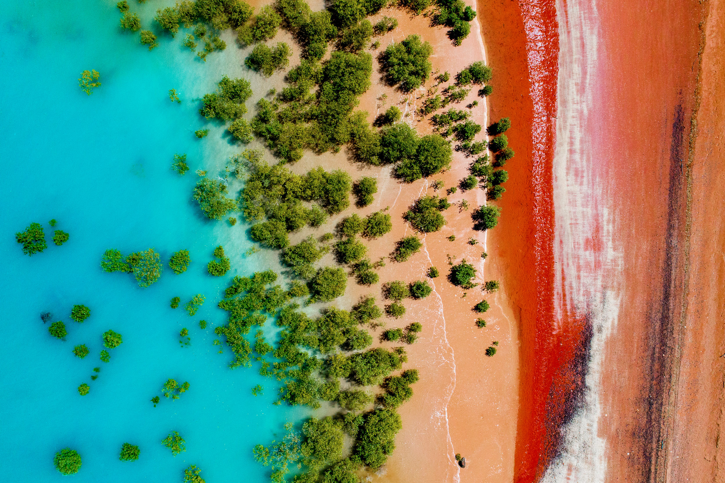 broome-western-australia-colour-contrasts.jpg