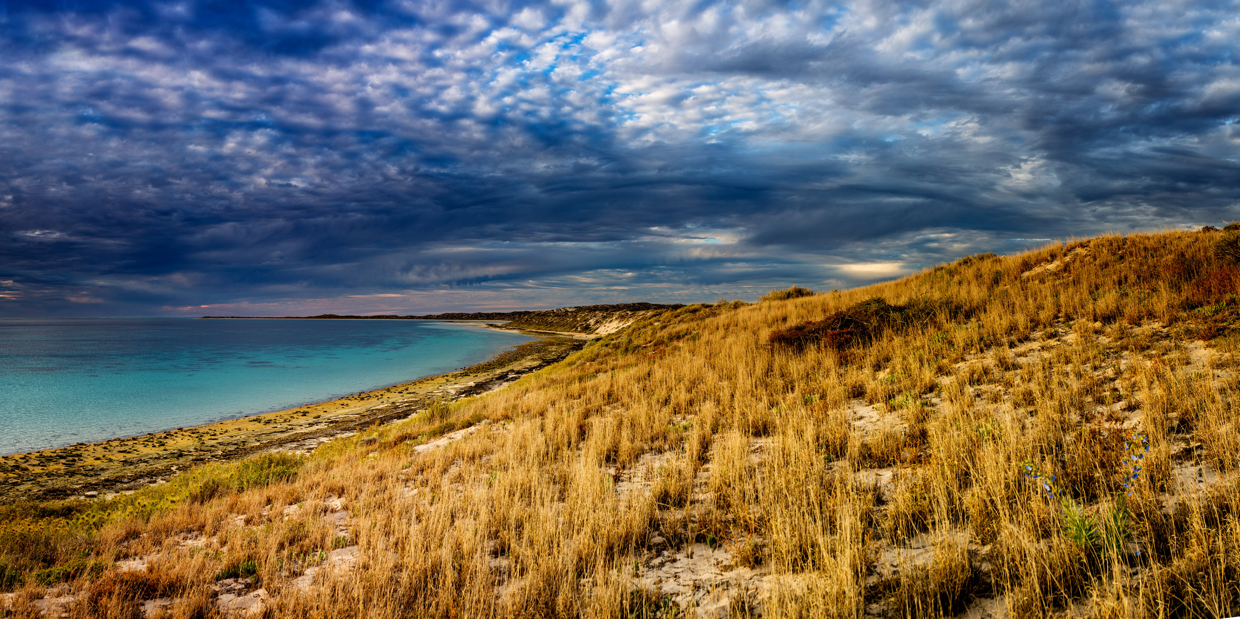 coral-bay-landscape-Pano.jpg