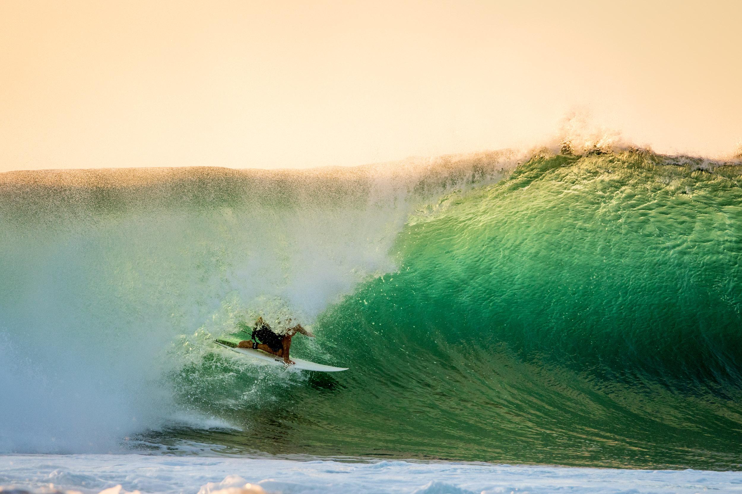 kalbarri-afternoon-surfing-backlight-barrel.jpg