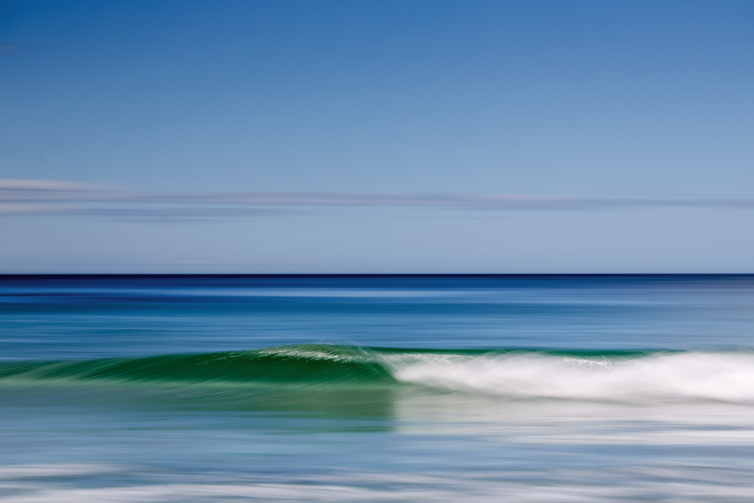 bruny-island-speed-blur-waves.jpg