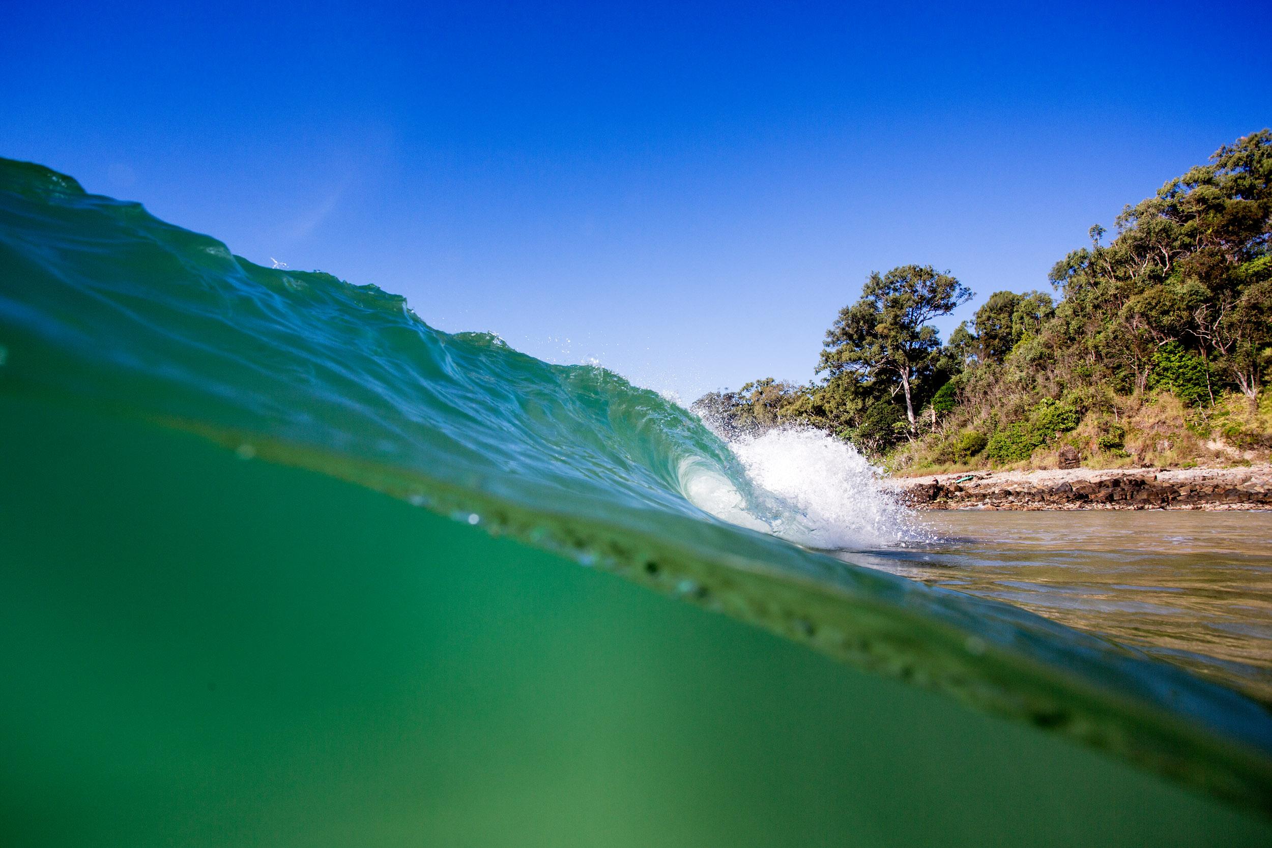 little-cove-noosa-wave.jpg