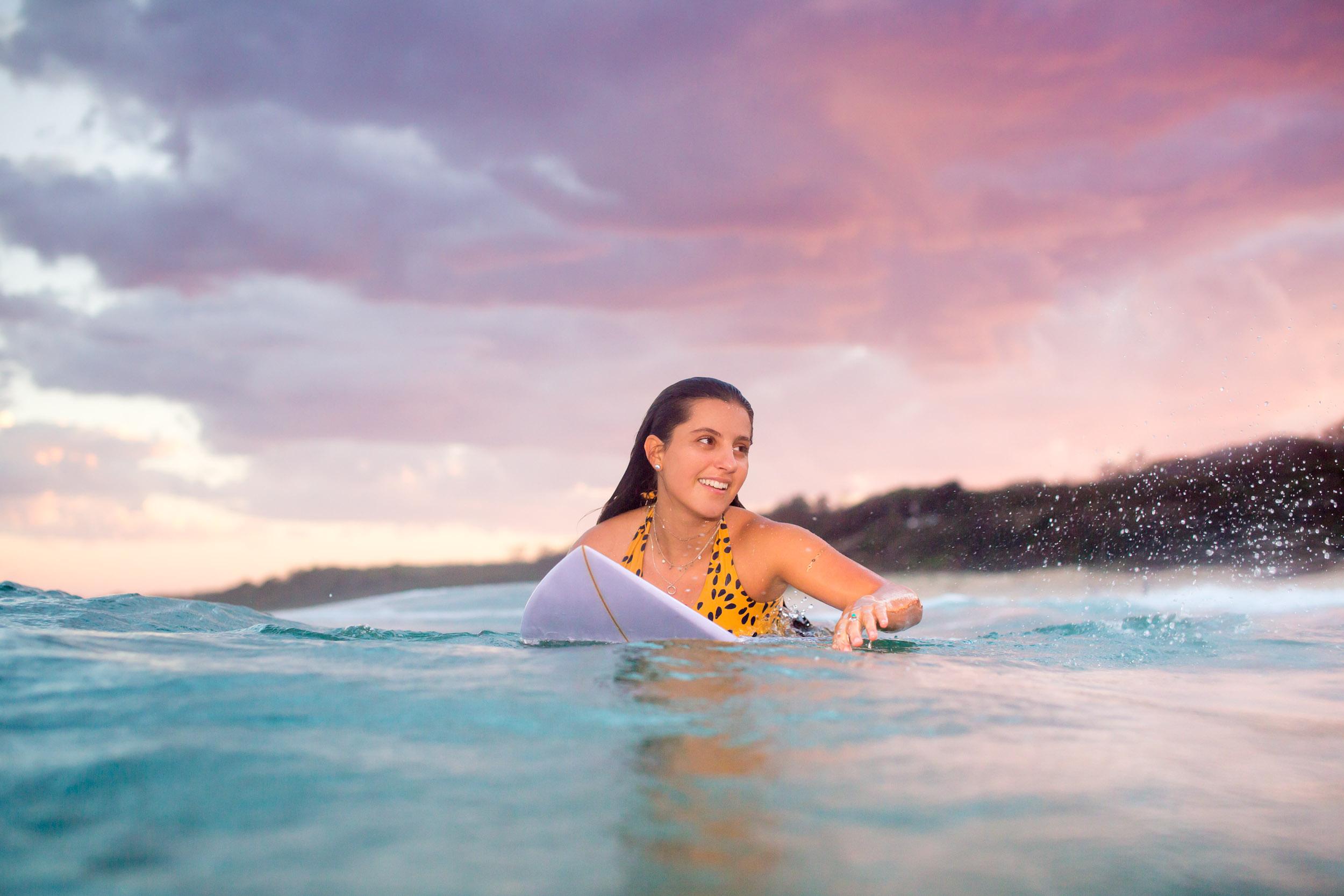 sunshine-coast-surfing-girls.jpg