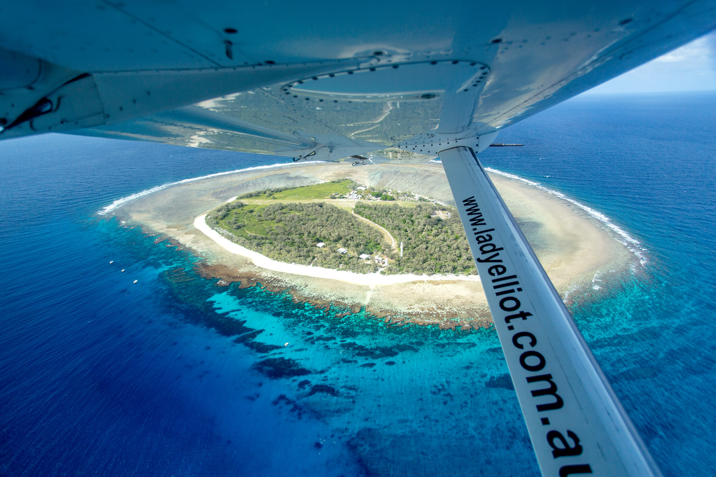 lady-elliot-island-plane-view.jpg