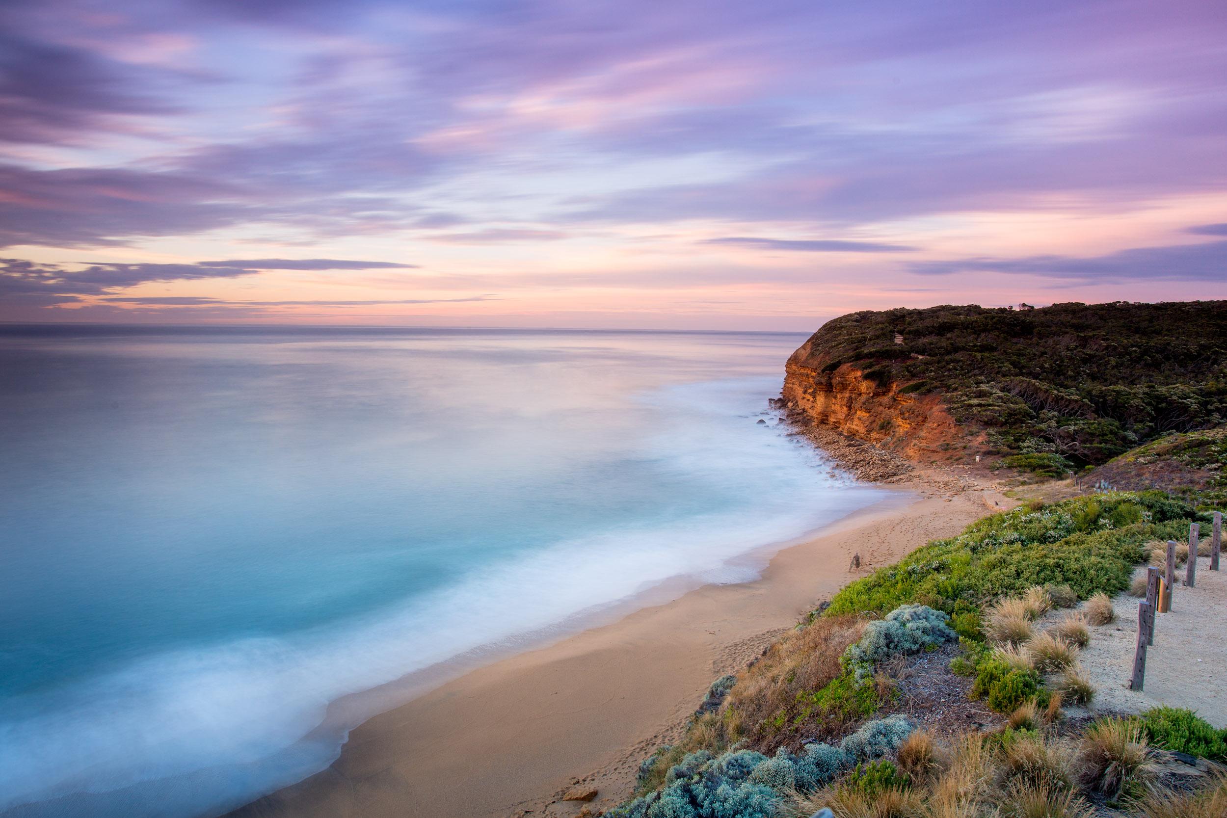 bells-beach-torquay-victoria-landscape.jpg
