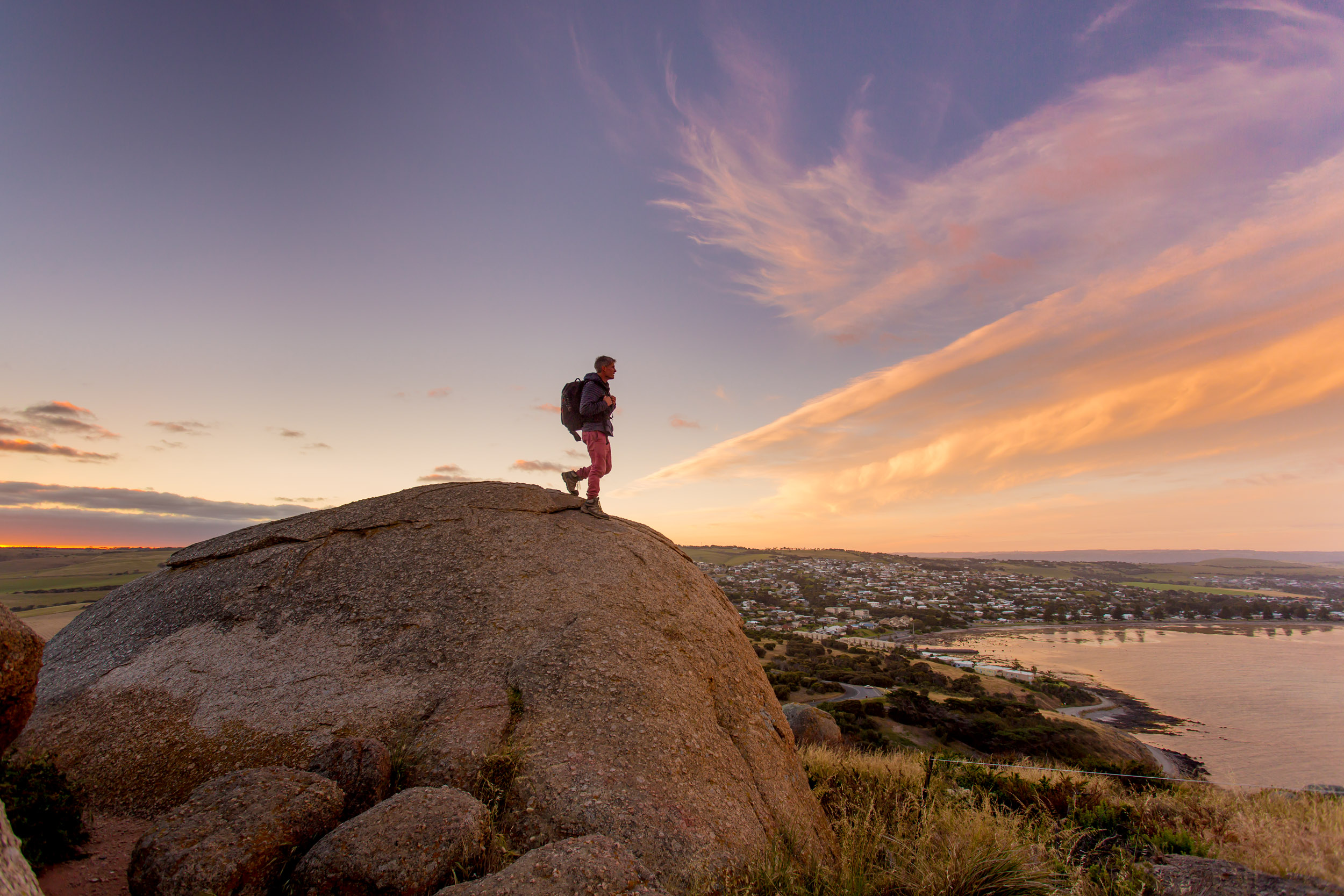 hiking-victor-harbor.jpg