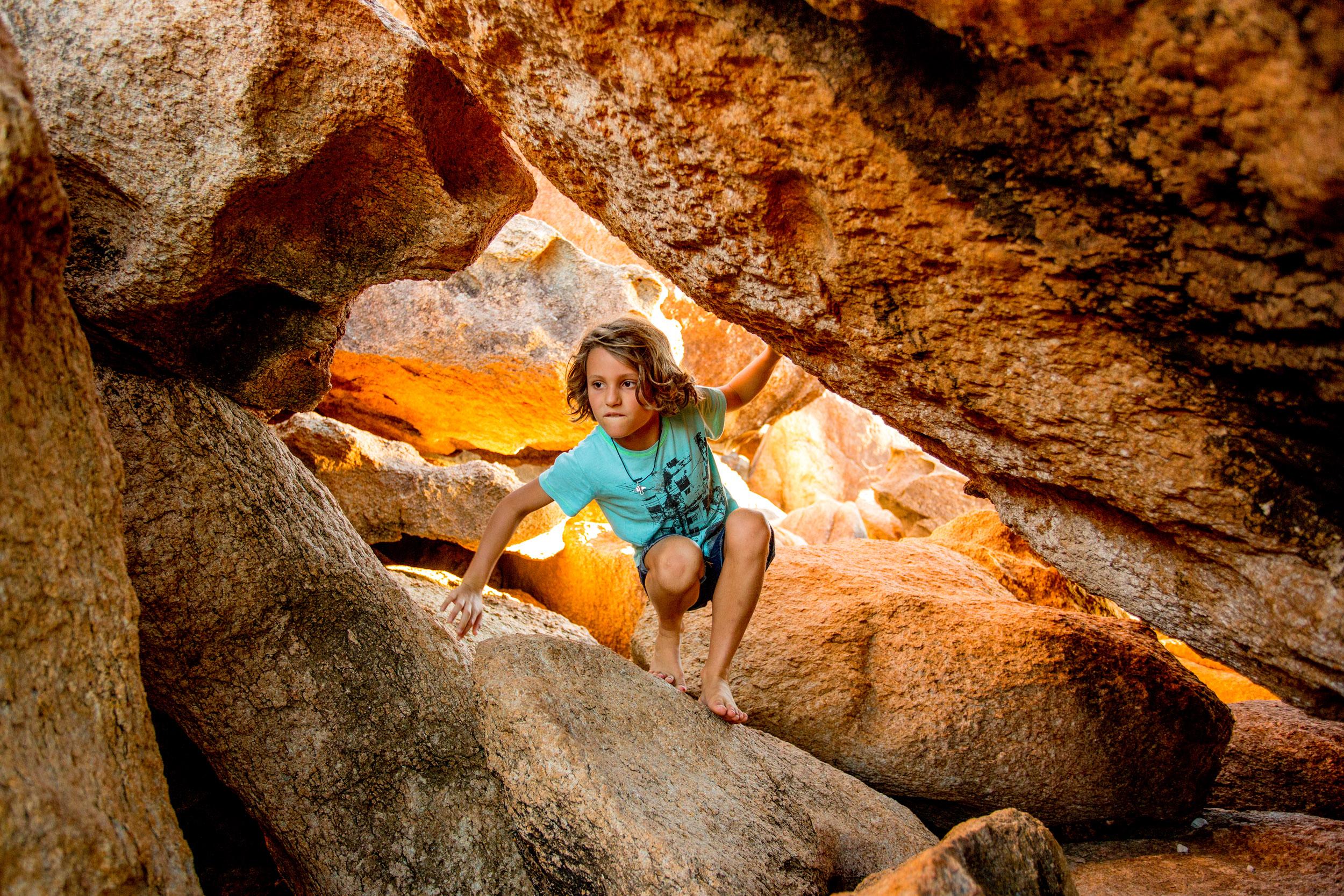 bowen-horseshoe-bay-rock-climbing.jpg
