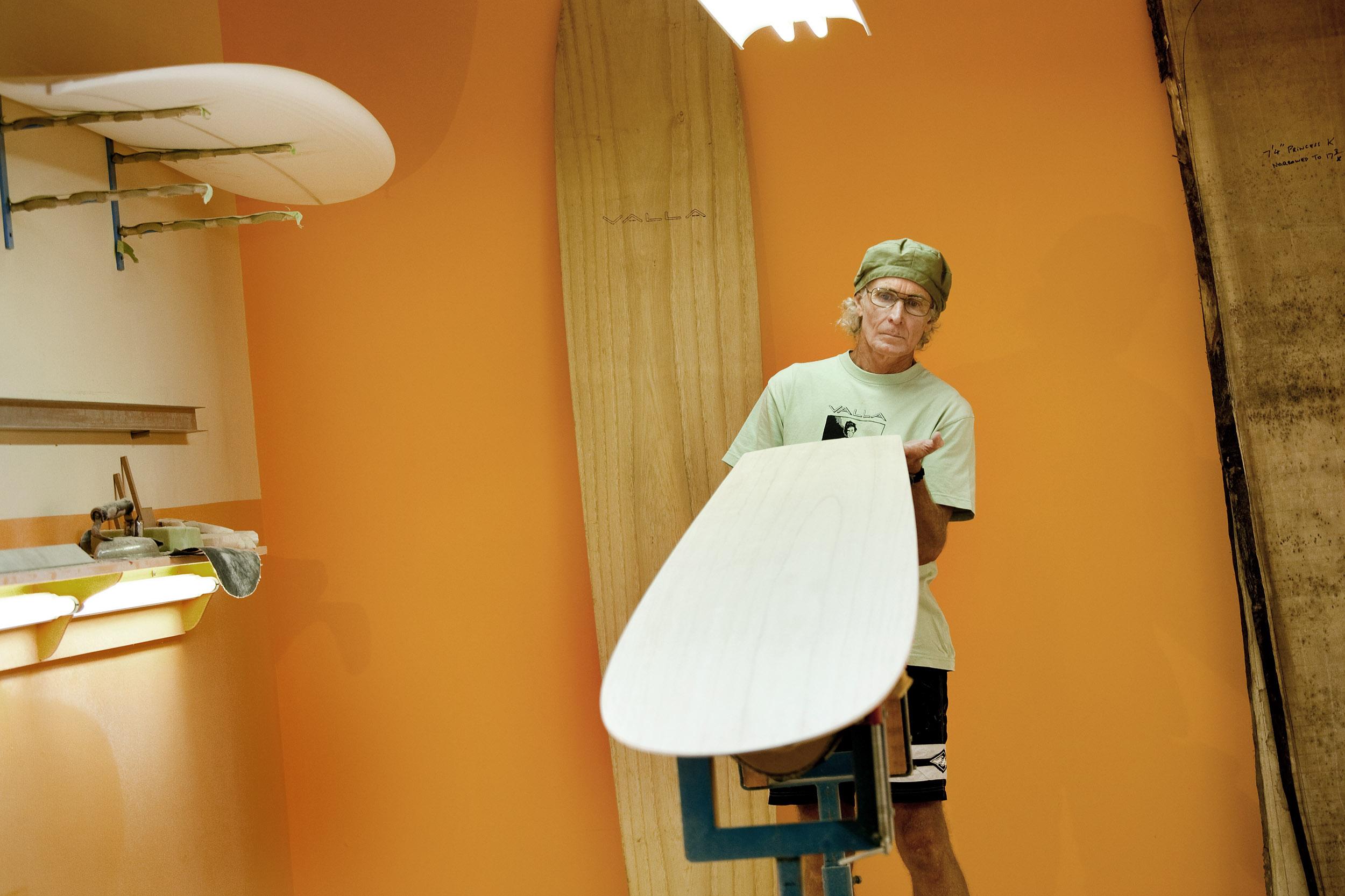 shaper-valla-surfboards-photography.jpg