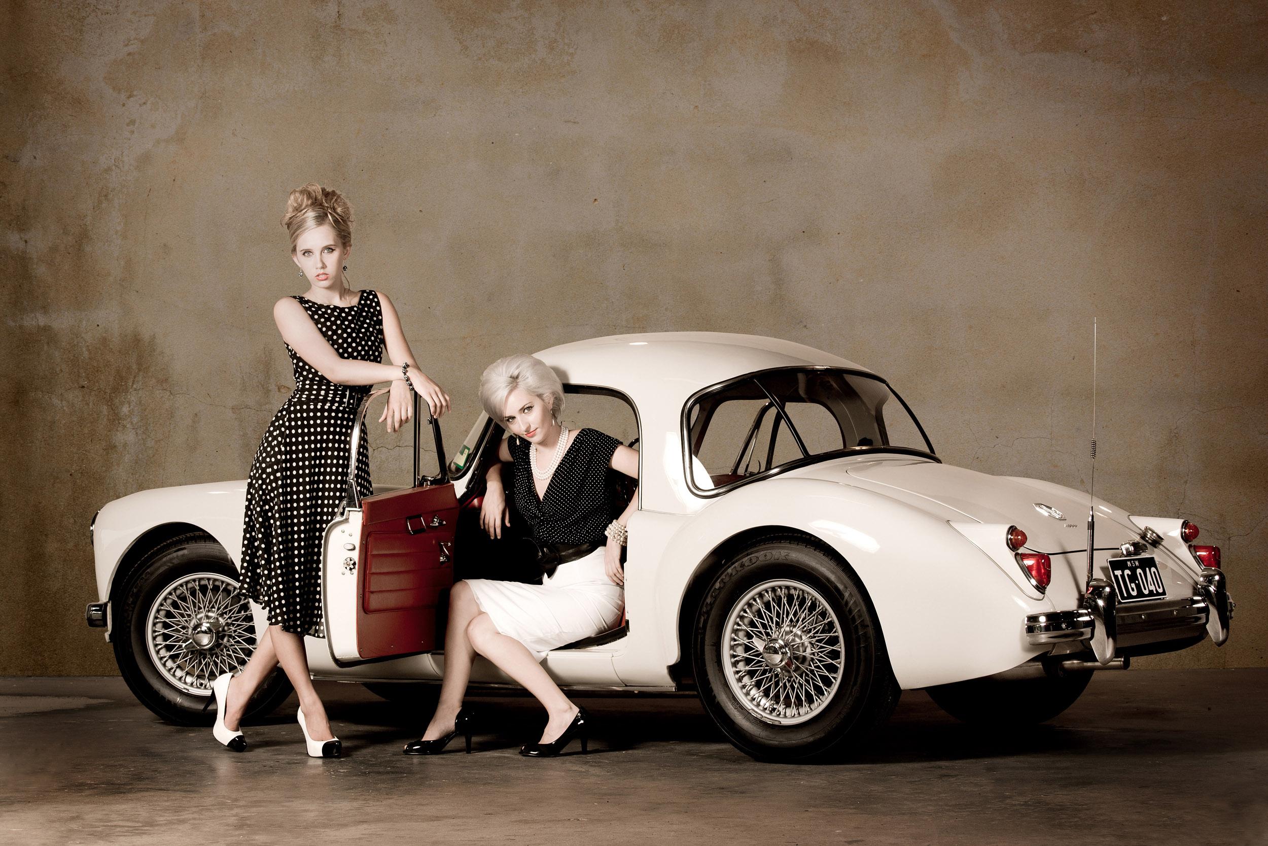 styled-model-photoshoot-mg-car-fashion.jpg