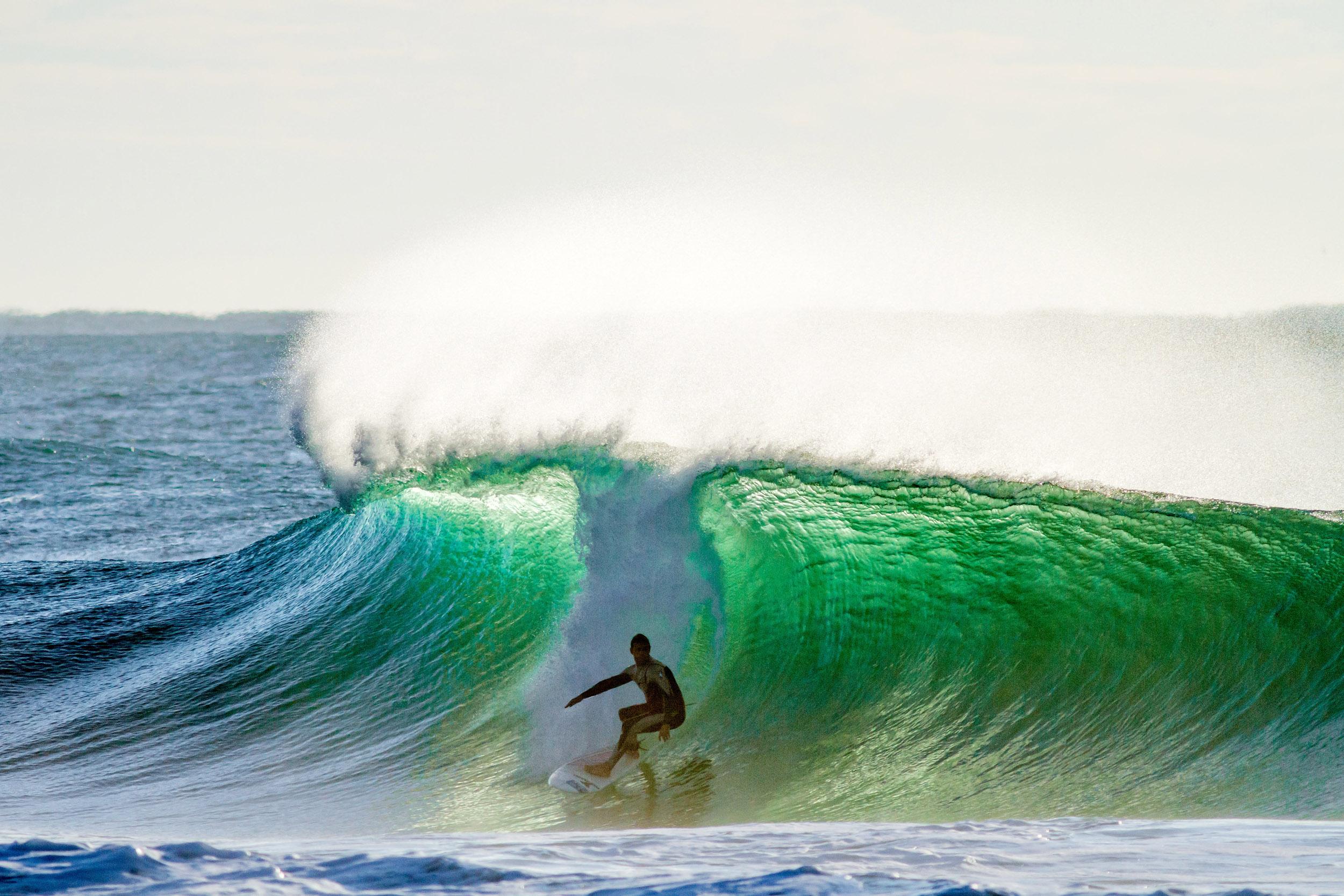 solo-surfing-trent-S1141-198.jpg