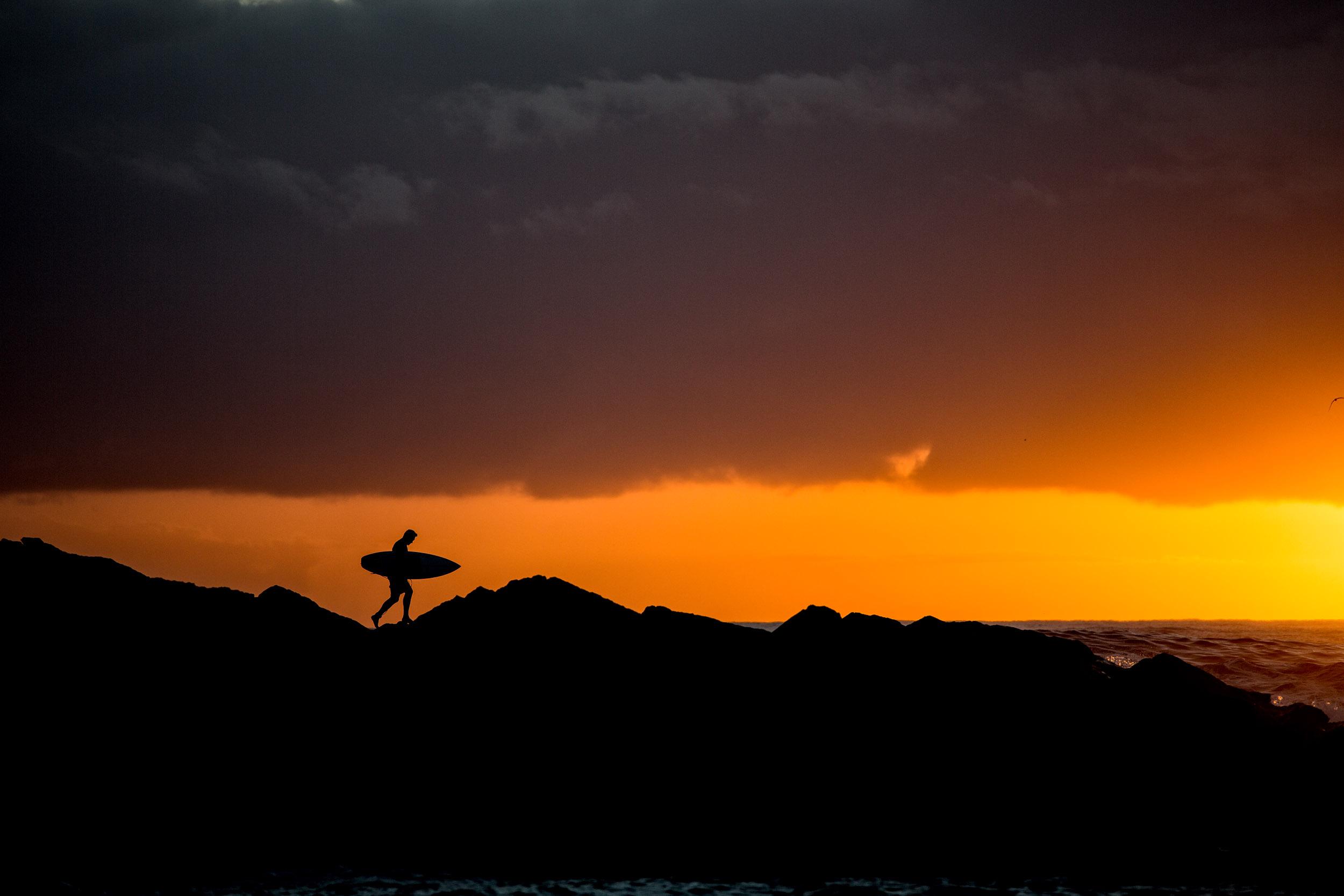 sunrise-surfer-photography-S1290-116.jpg