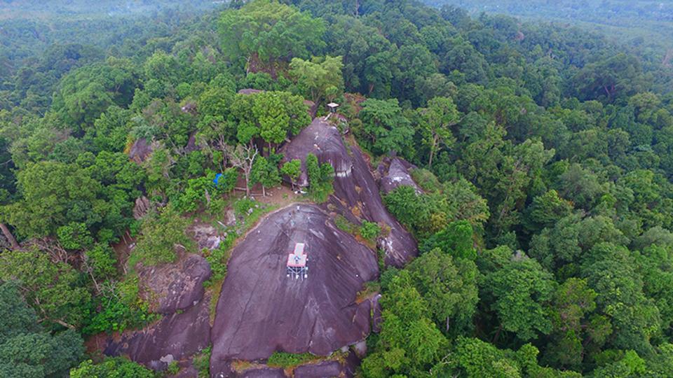 Peramun Hill Granite Forest — Belitong Geopark