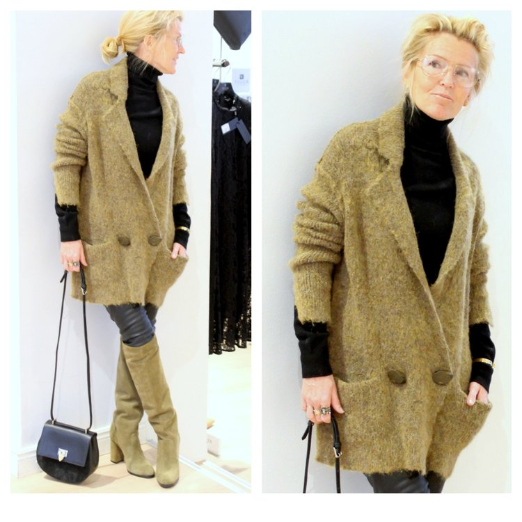 By Malene Birger cardigan -50%  Repeat Cashmere polo, By Malene Birger leather pants, Paul Smith glasses