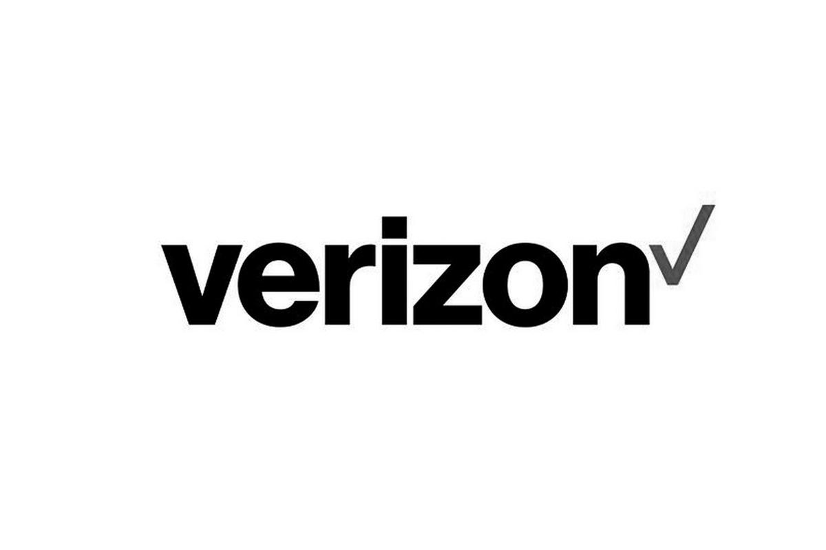 Verizon BW.jpg