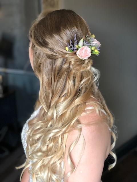 Bohemian Bride half up hairstyles for long hair