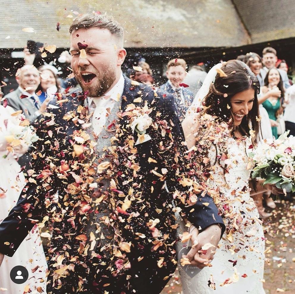Wedding Hair Stylist Oxfordshire Confetti.jpg