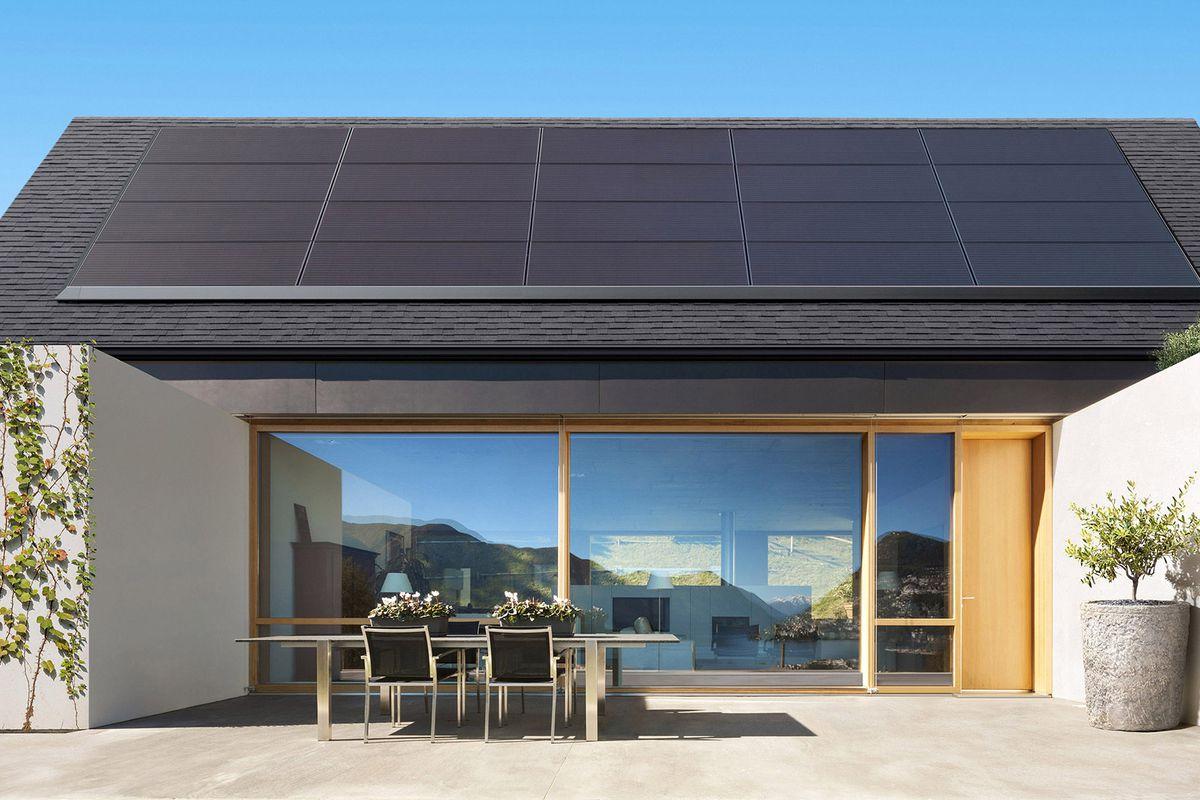 tesla_solar_panels_powerwalls_home_depot_2.0.jpg
