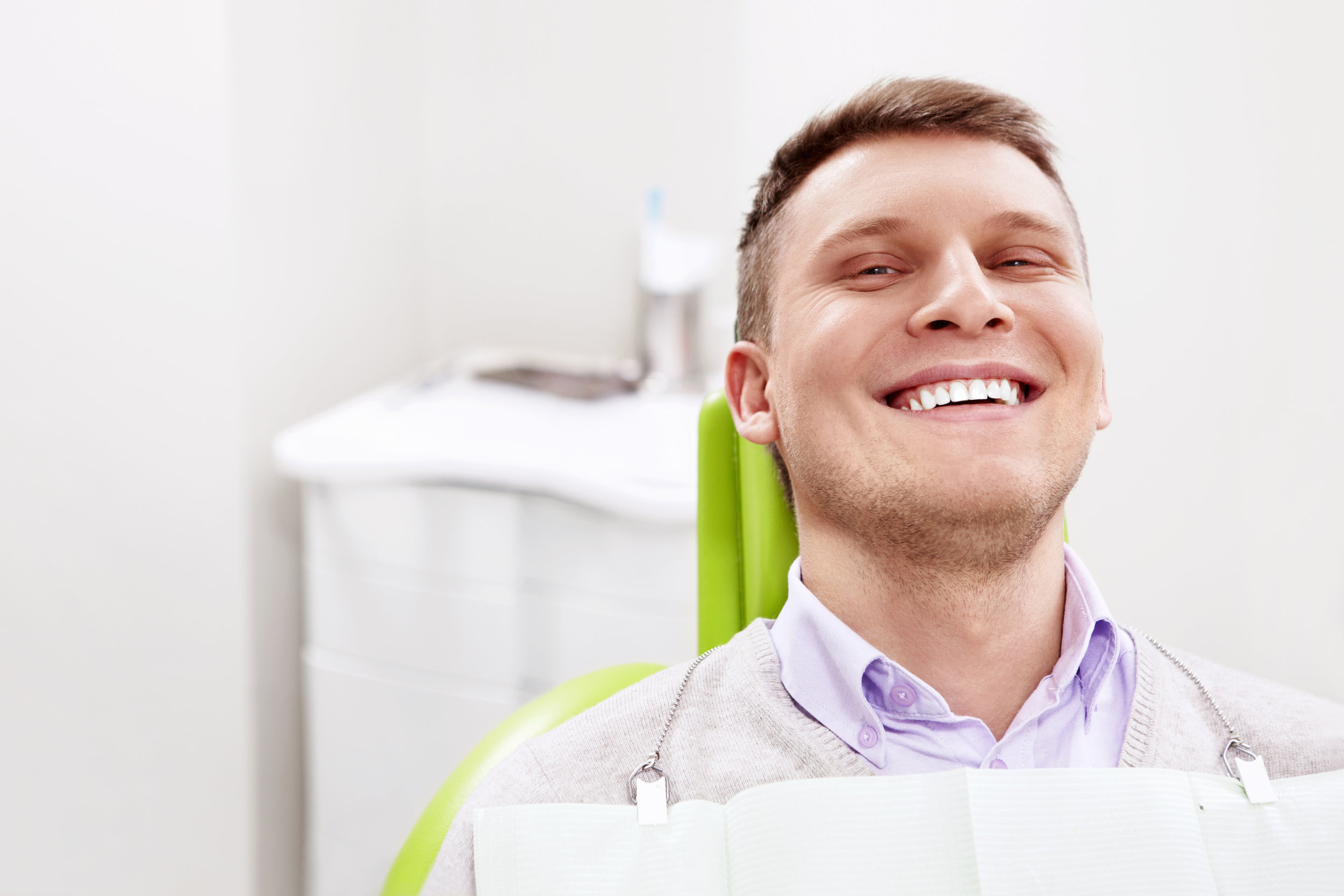 Oral Sedation - At Round Hill Smile Design, we offer painless oral sedation for a pleasant, relaxing experience during your procedure.