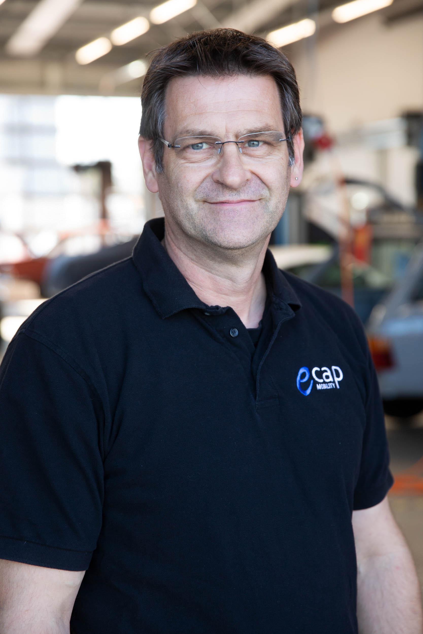 Norbert Deetz |Service Technician nde@ecap-mobility.com