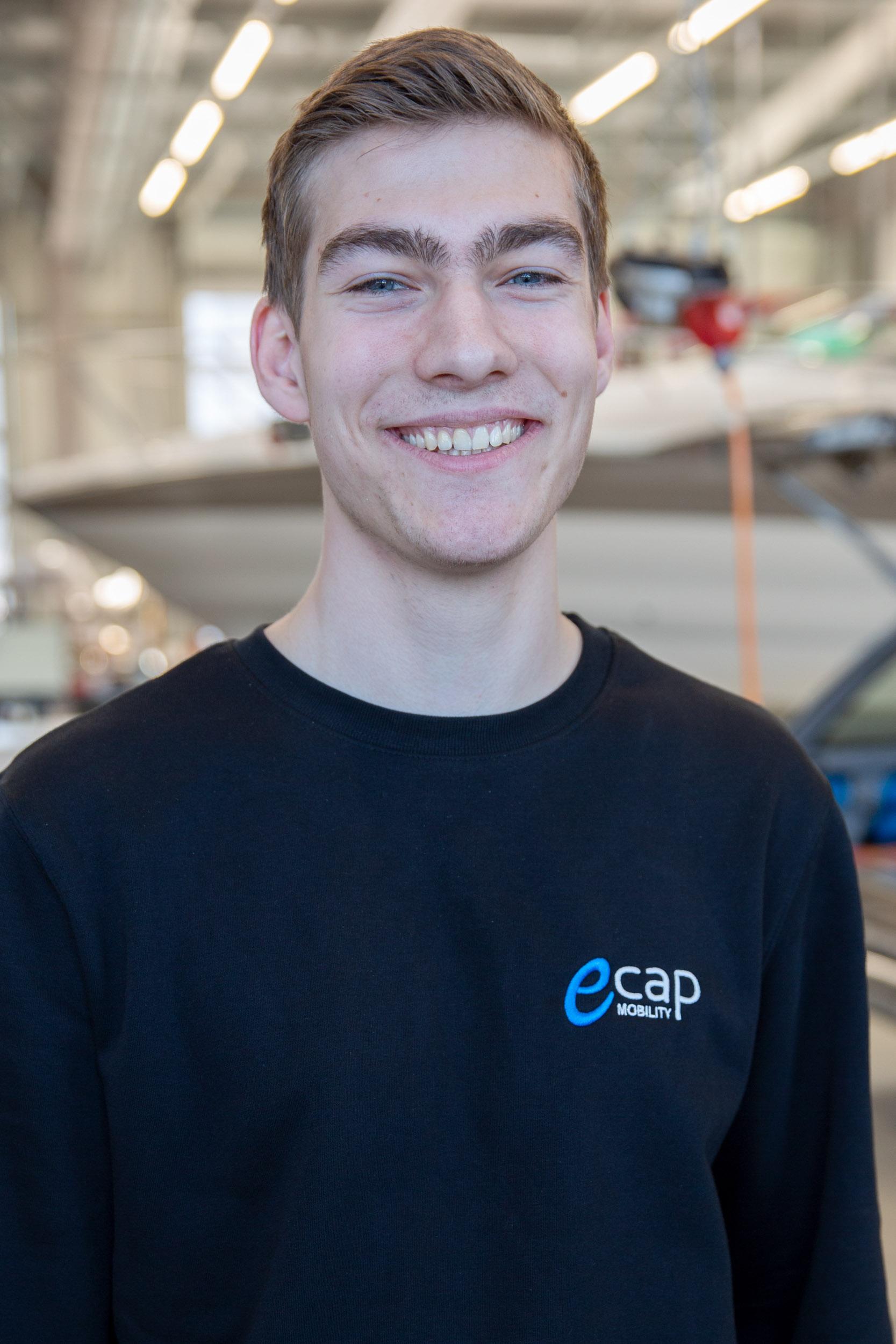 Pascal Busch | Mechatronics Technician pbu@ecap-mobility.com