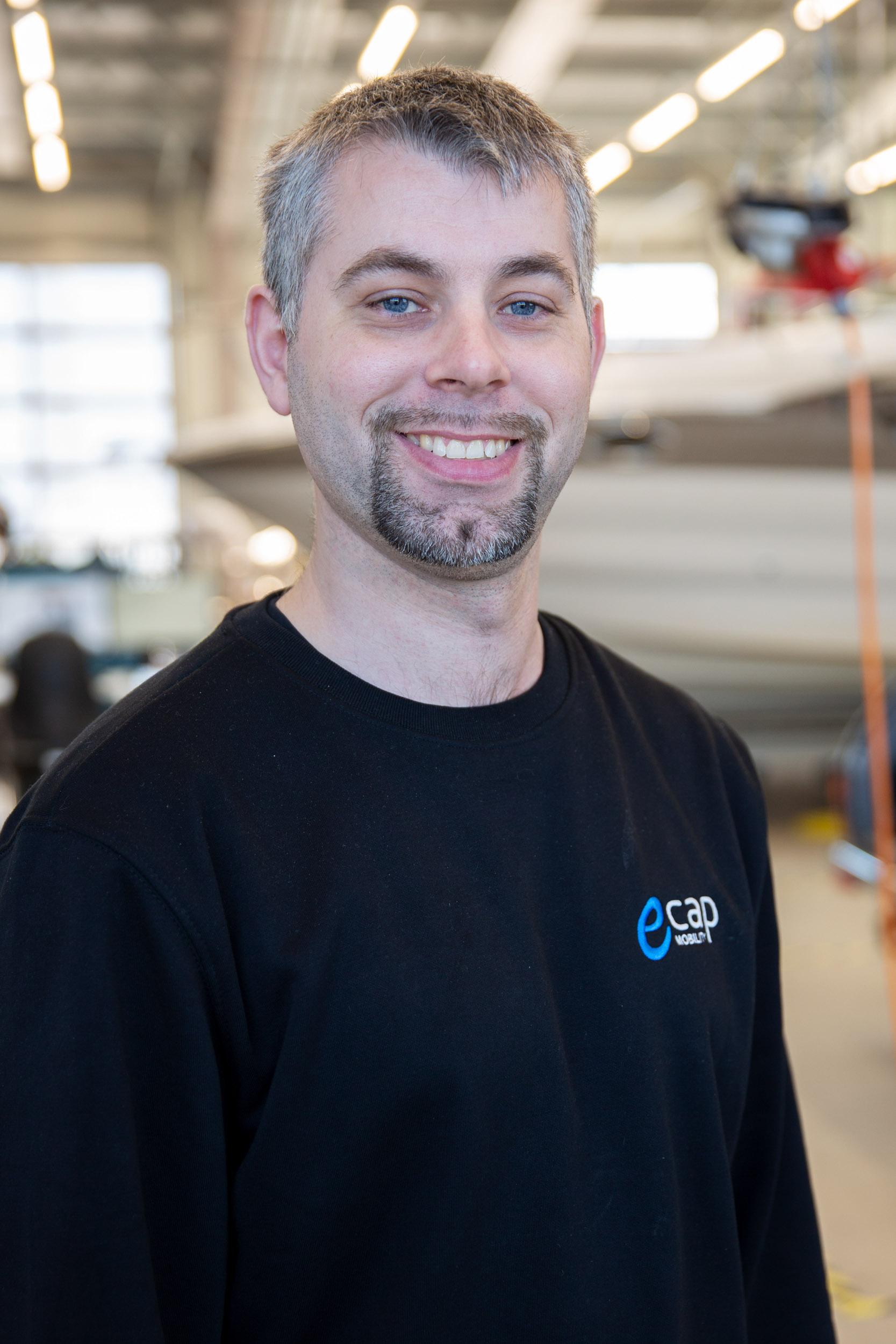 Kevin Lassen | Mechatronics Technician kla@ecap-mobility.com