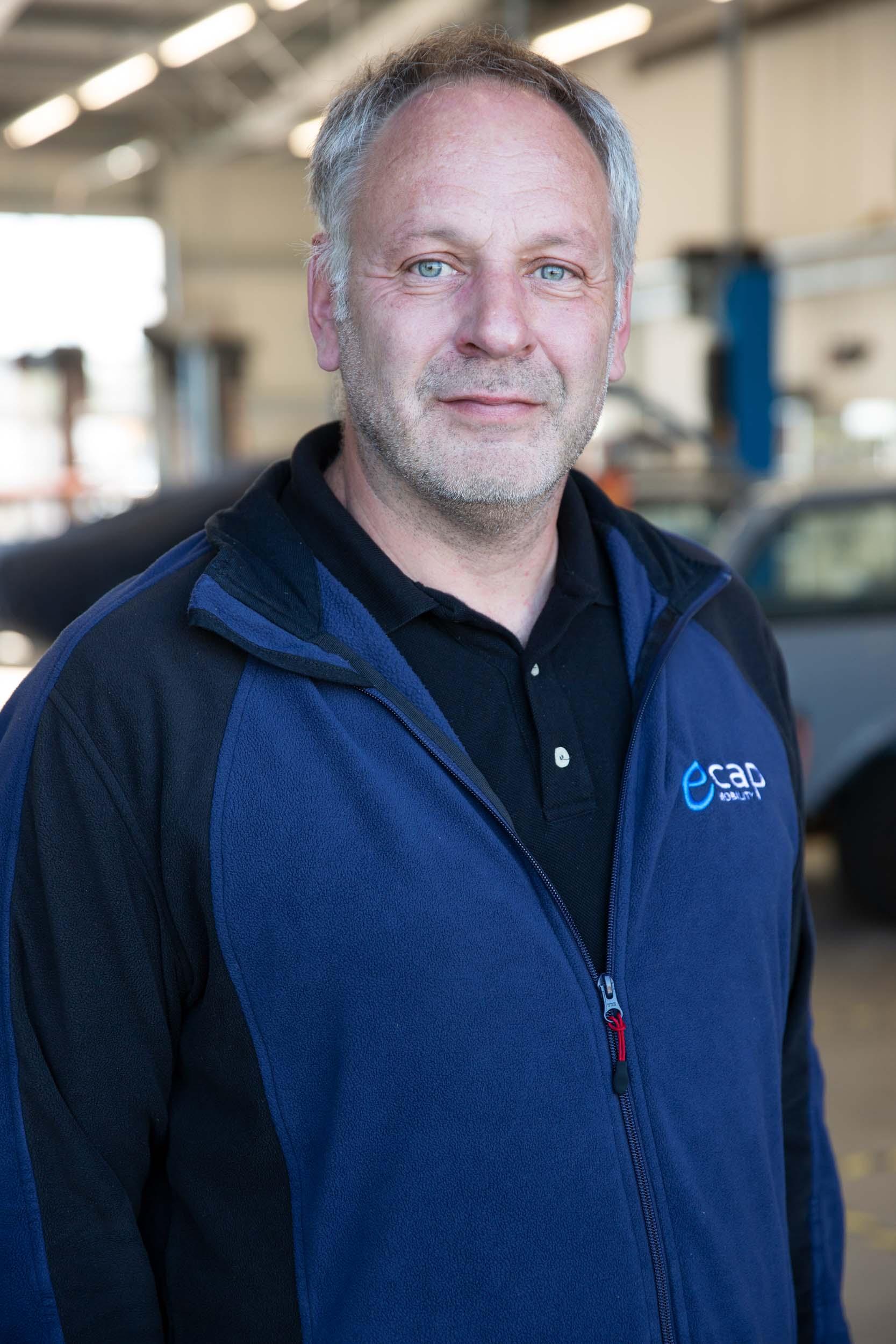 Oliver Schäfer | Warehouse & Purchasing osc@ecap-mobility.com