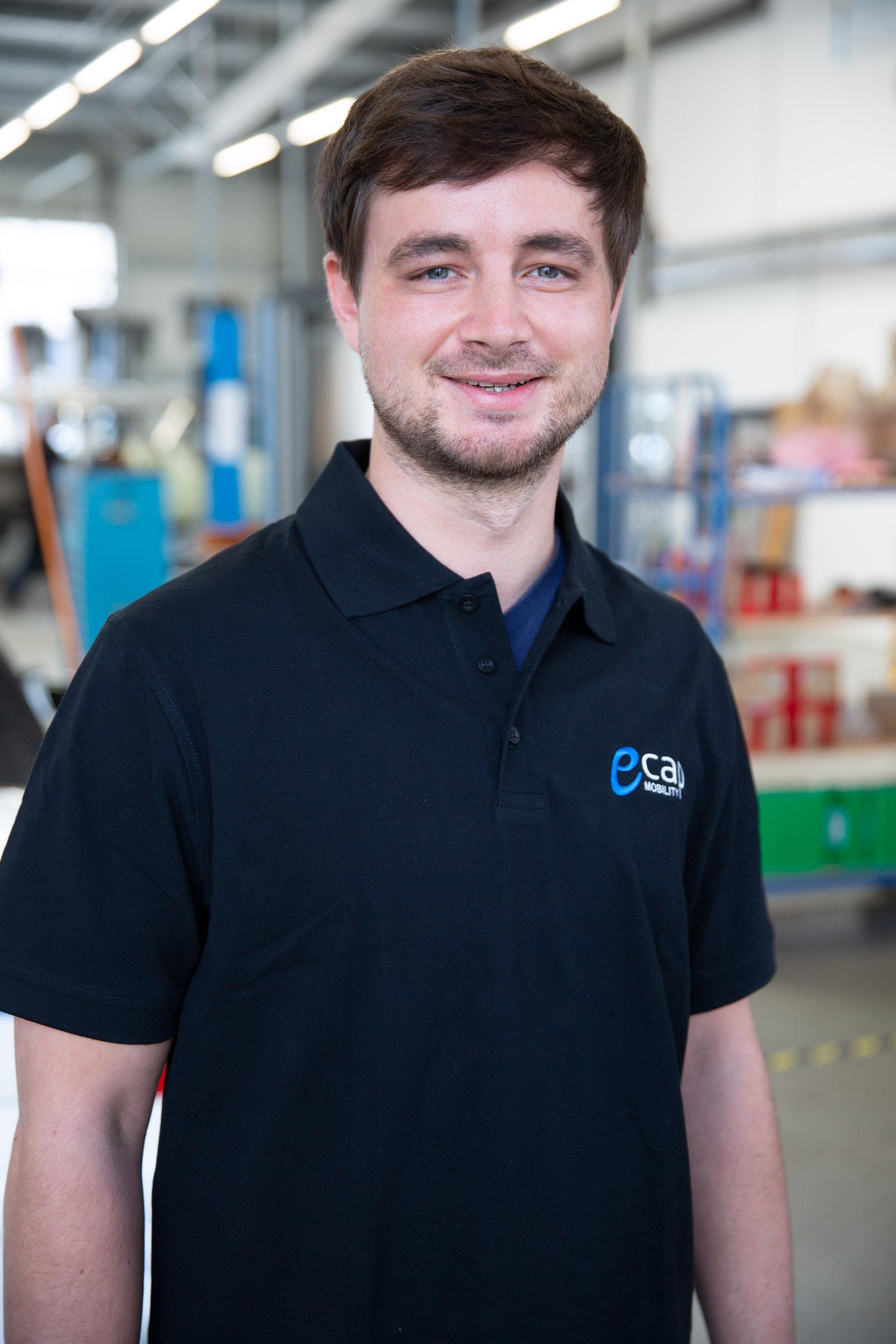 David Hotzel | Master Mechanic dho@ecap-mobility.com