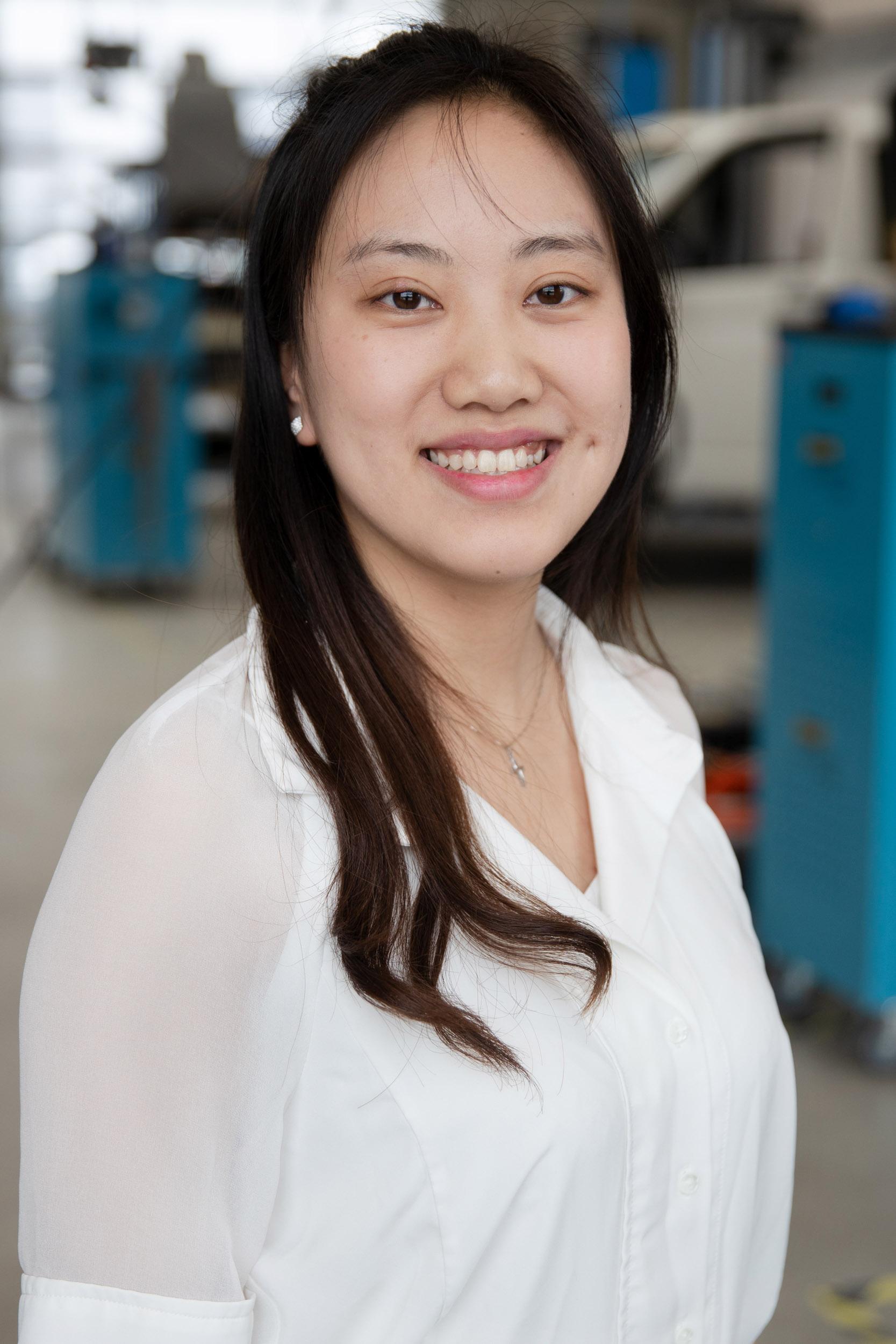 Jingyuan Feng (Eva) I Student Trainee  jfe@ecap-mobility.com