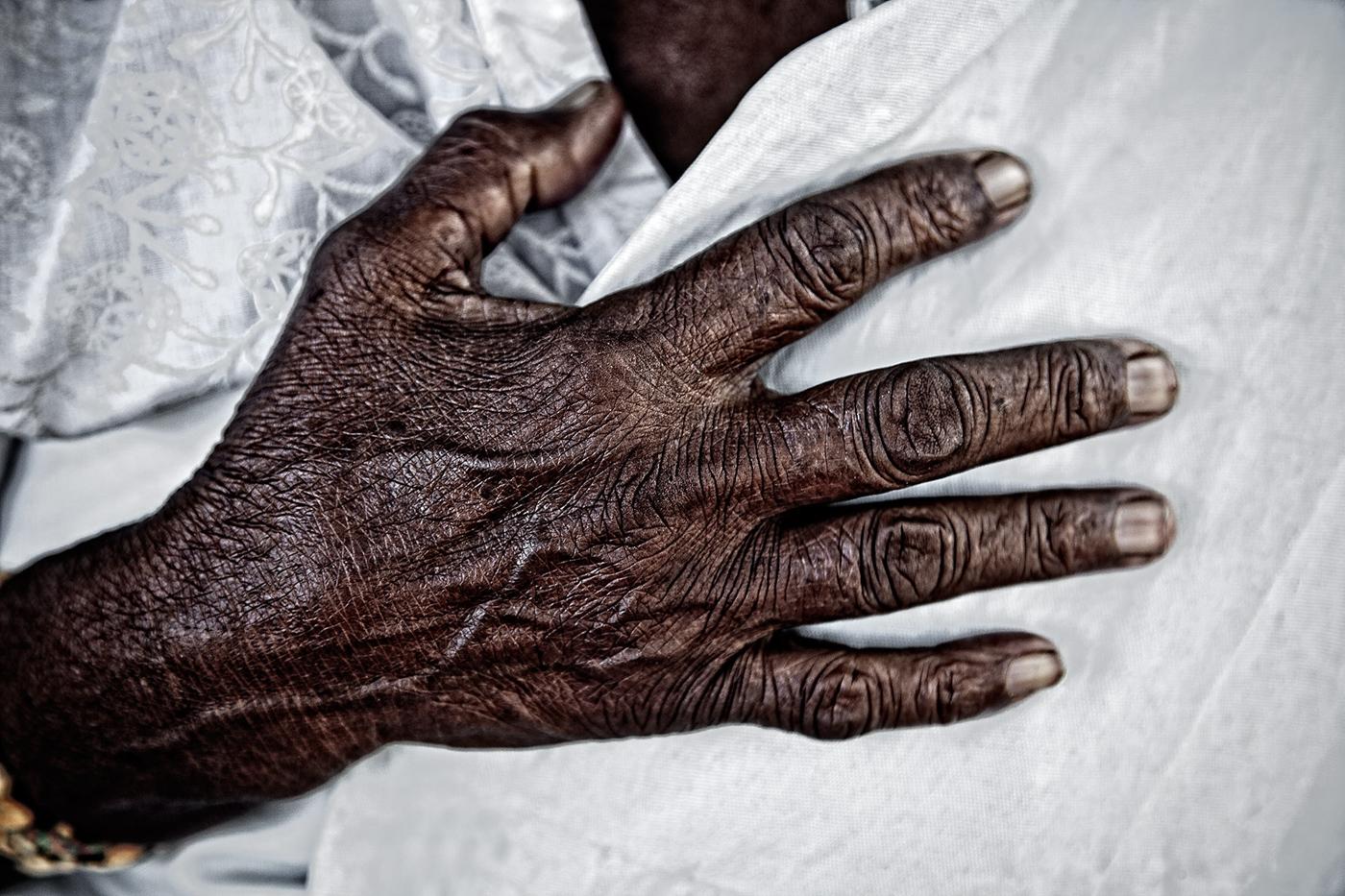 Hands & Feet-20.jpg