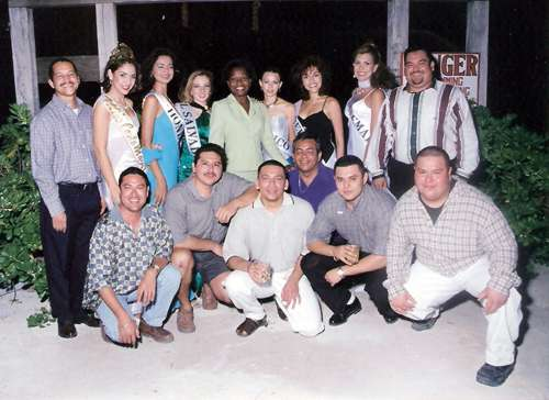 Former committee members and sponsors along with Miss Costa Maya delegates and winner at Noche San Pedrana.