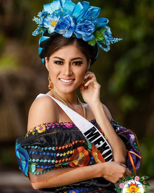 Miss Mexico in her traditional costume