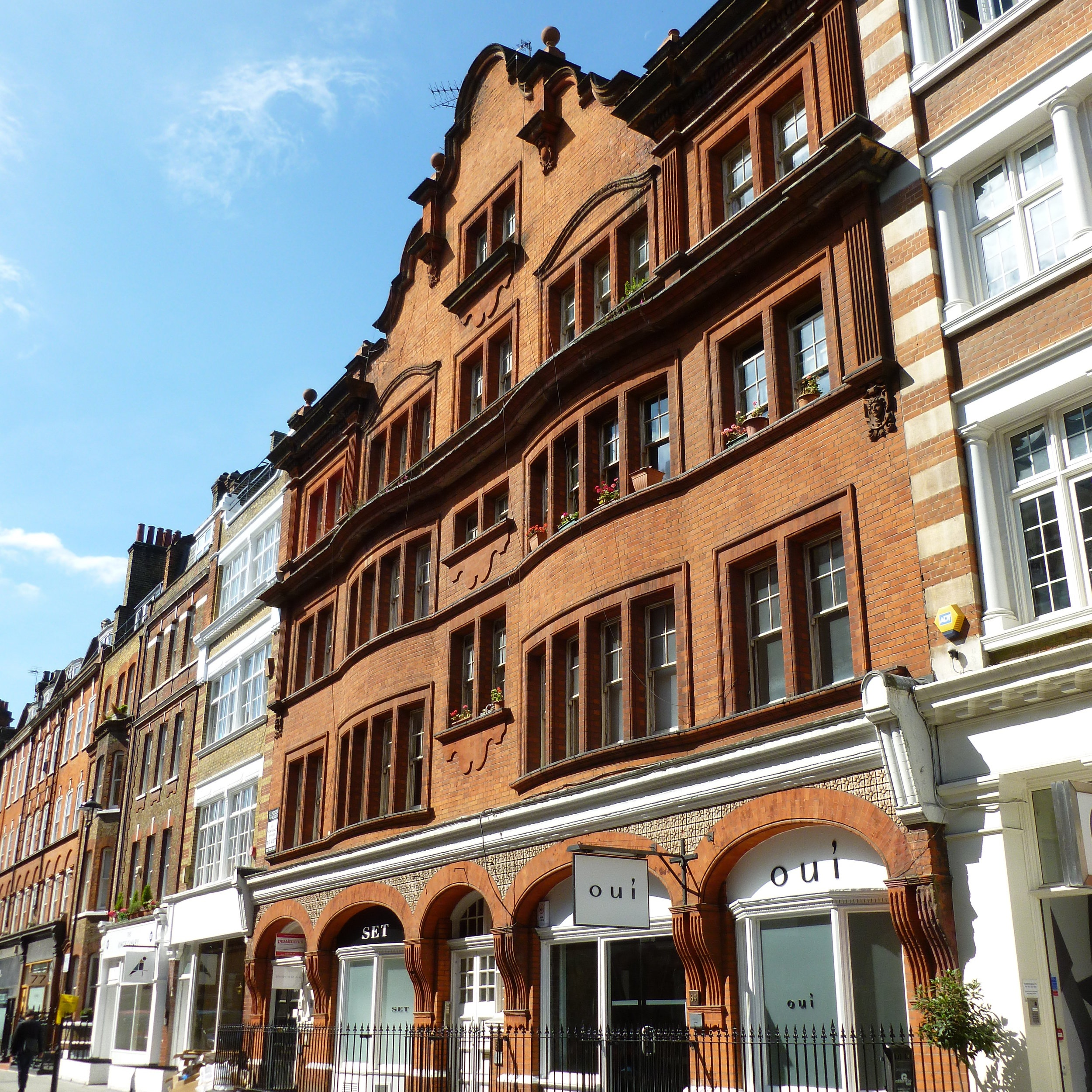 great titchfield st, fitzrovia - A parade of 3 buildings comprising of apartments, offices, shops and showrooms, this investment presented a number of asset management opportunities.Minor refurbishments were carried out to the various vacant units and once fully let, we turned our attention to securing planning consents to change the use, extend and develop where appropriate on the site.The building was sold just over three years after it was acquired, for a sale price over double that of the purchase price.