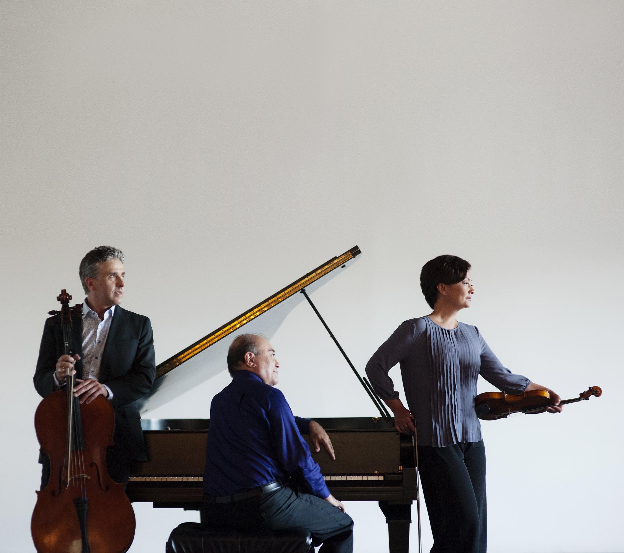 Gryphon Trio.jpg