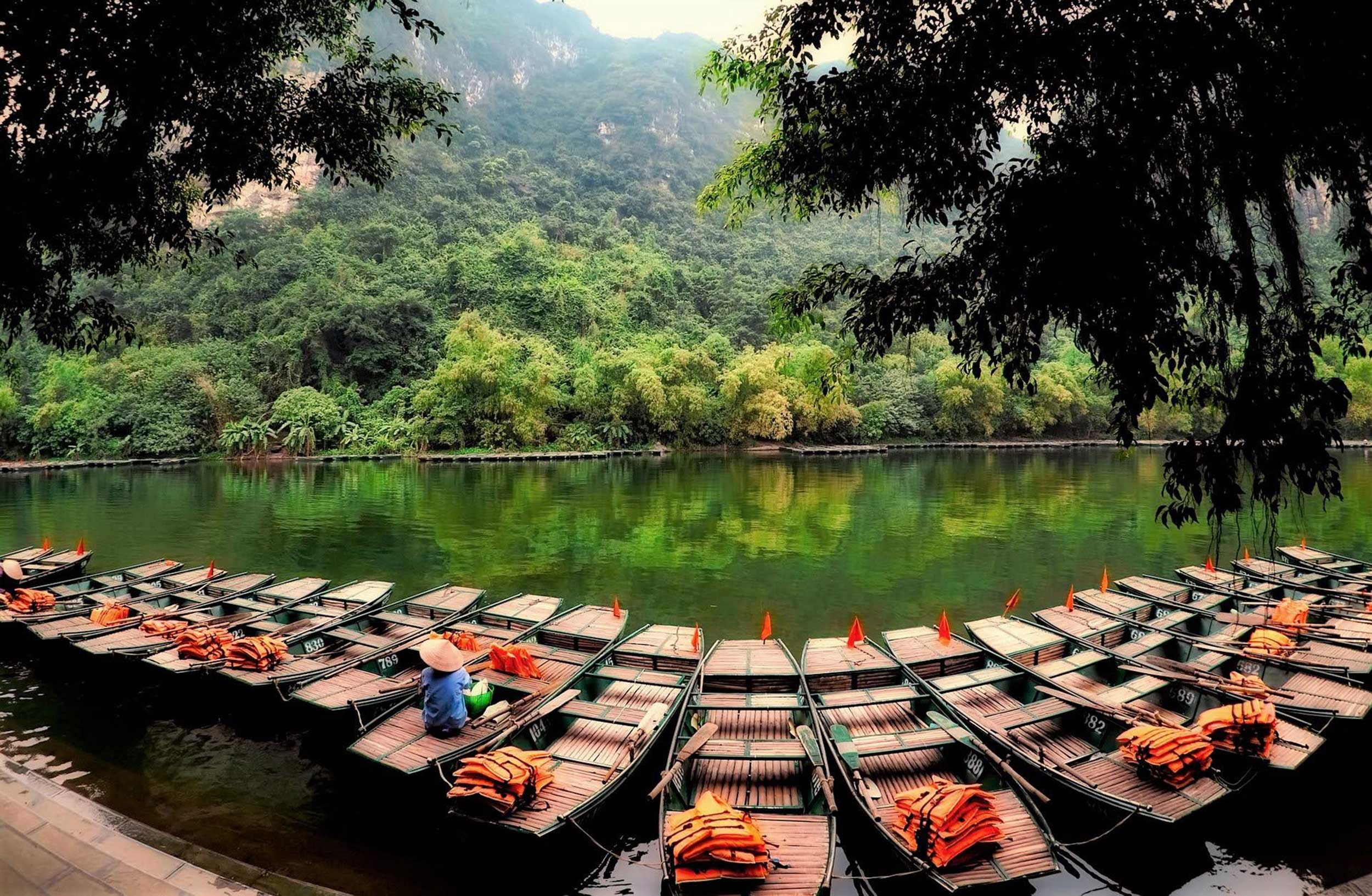 ACT-Vietnam-boats-Itinerary.jpg