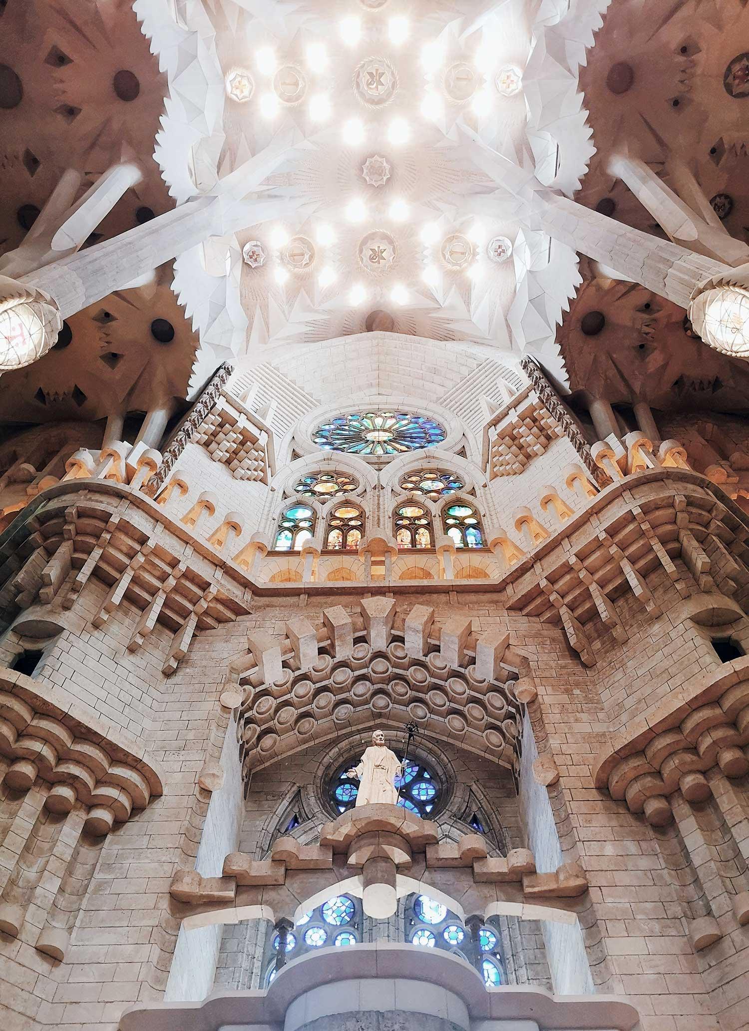 Barcelona-Gaudi-church.jpg