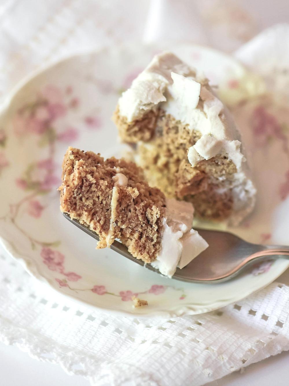 mini+gluten-free+coconut+cake+cut