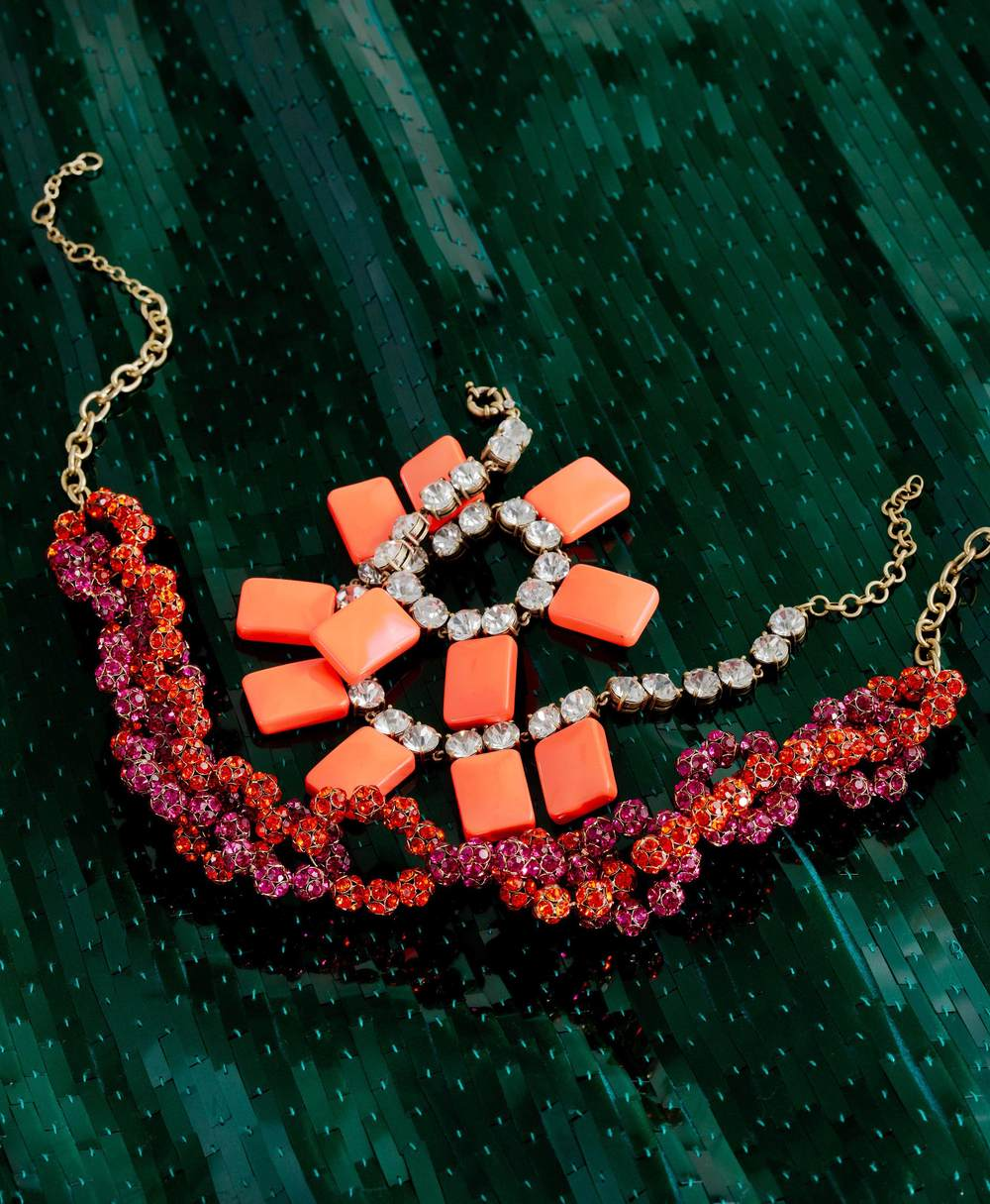 jewelry_photography_necklaces.jpg